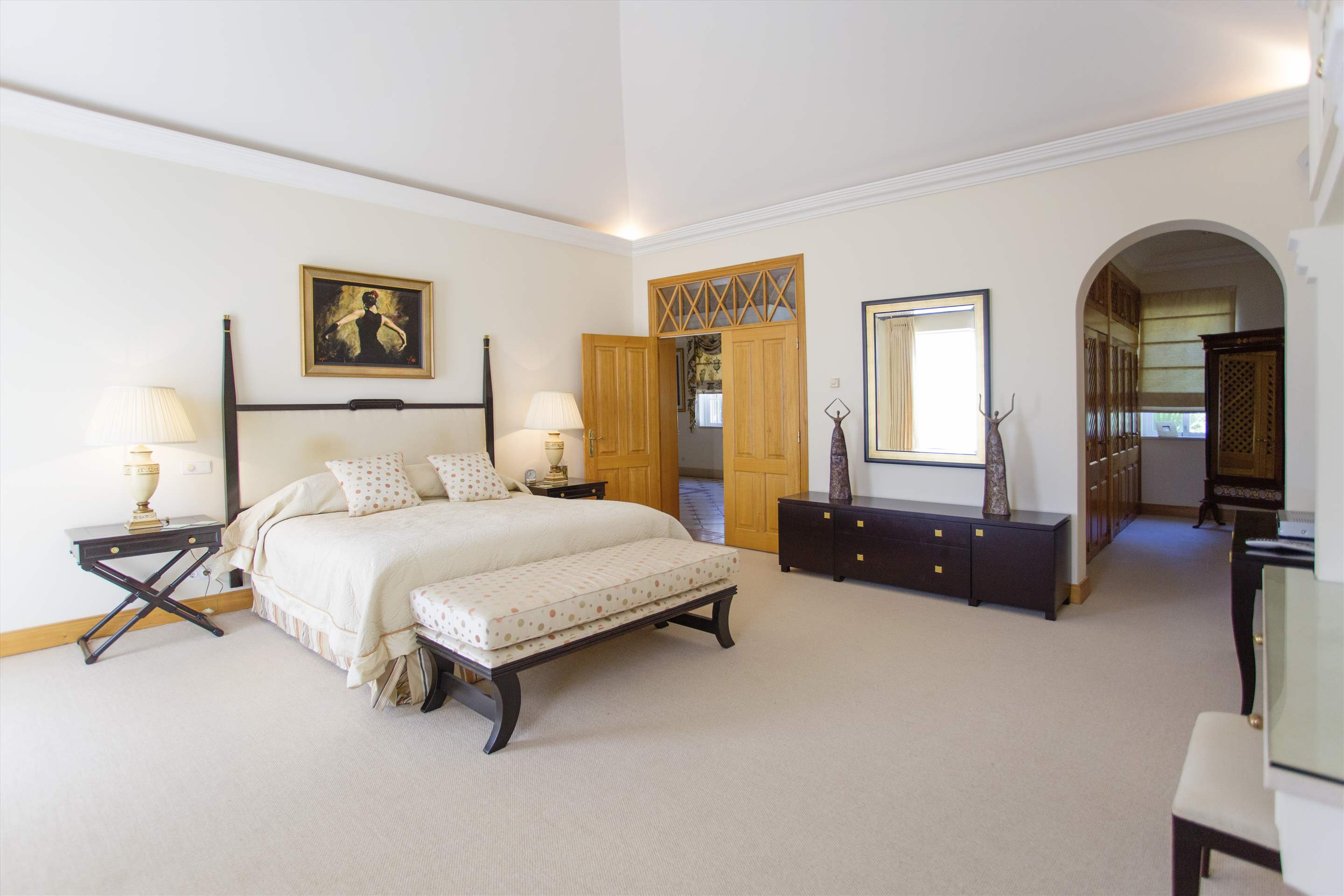 Villa Palmeiras Altas, 5 bedroom villa in Quinta do Lago, Algarve Photo #30