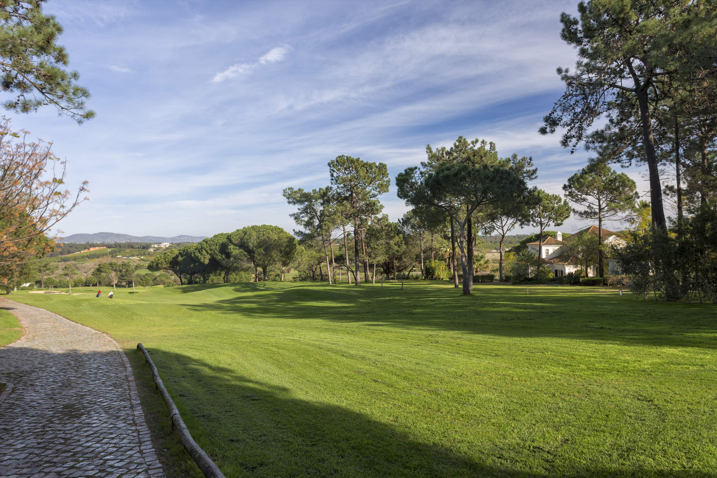 Villa Palmeiras Altas, 5 bedroom villa in Quinta do Lago, Algarve Photo #40