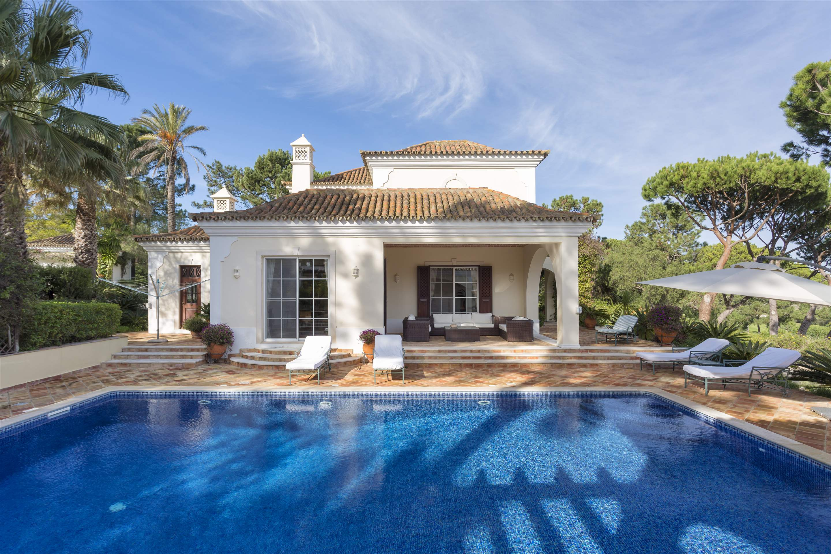Villa Palmeiras Altas, 5 bedroom villa in Quinta do Lago, Algarve Photo #42