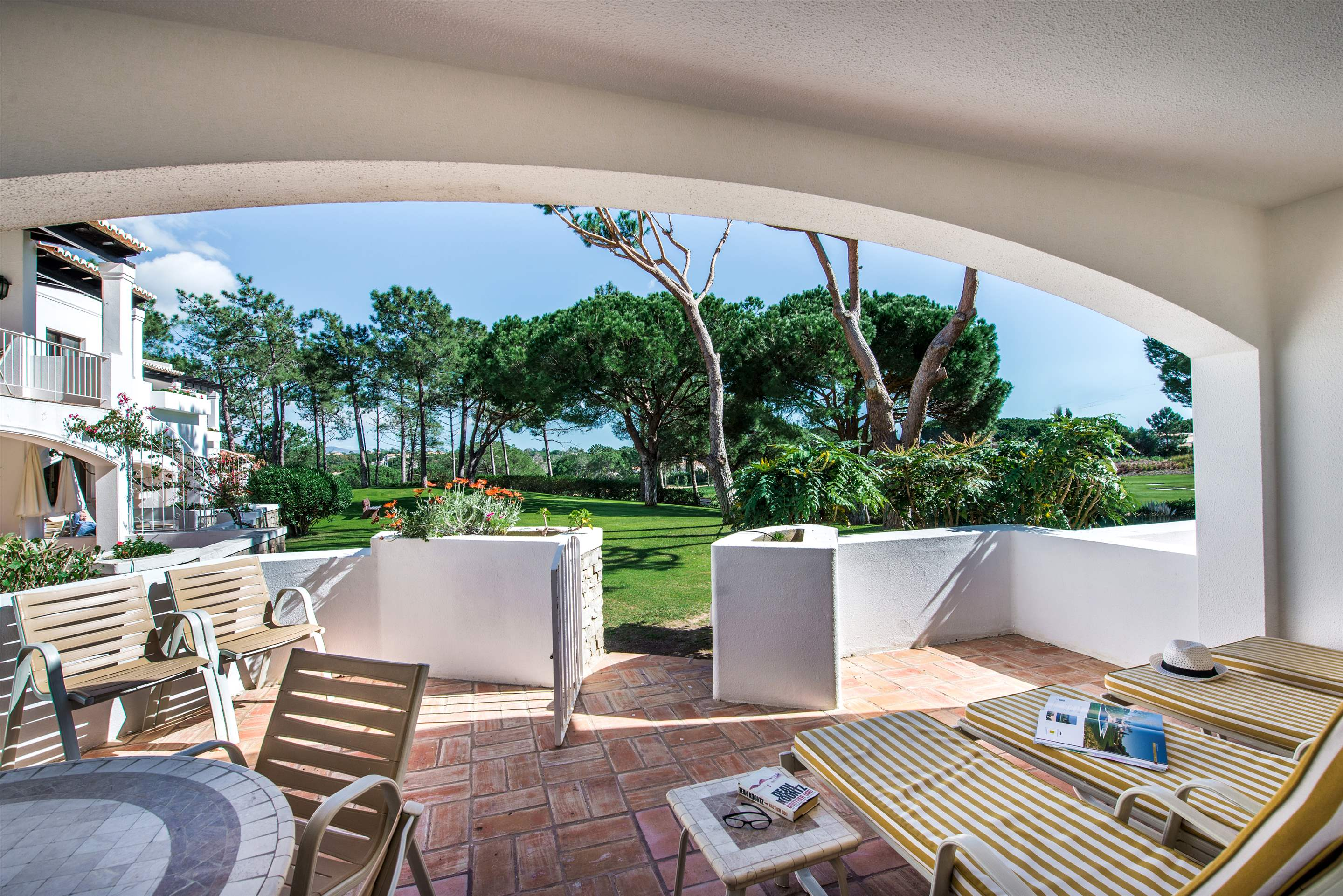 Four Seasons Country Club 1 bed, Superior - Thursday Arrival, 1 bedroom apartment in Four Seasons Country Club, Algarve Photo #10