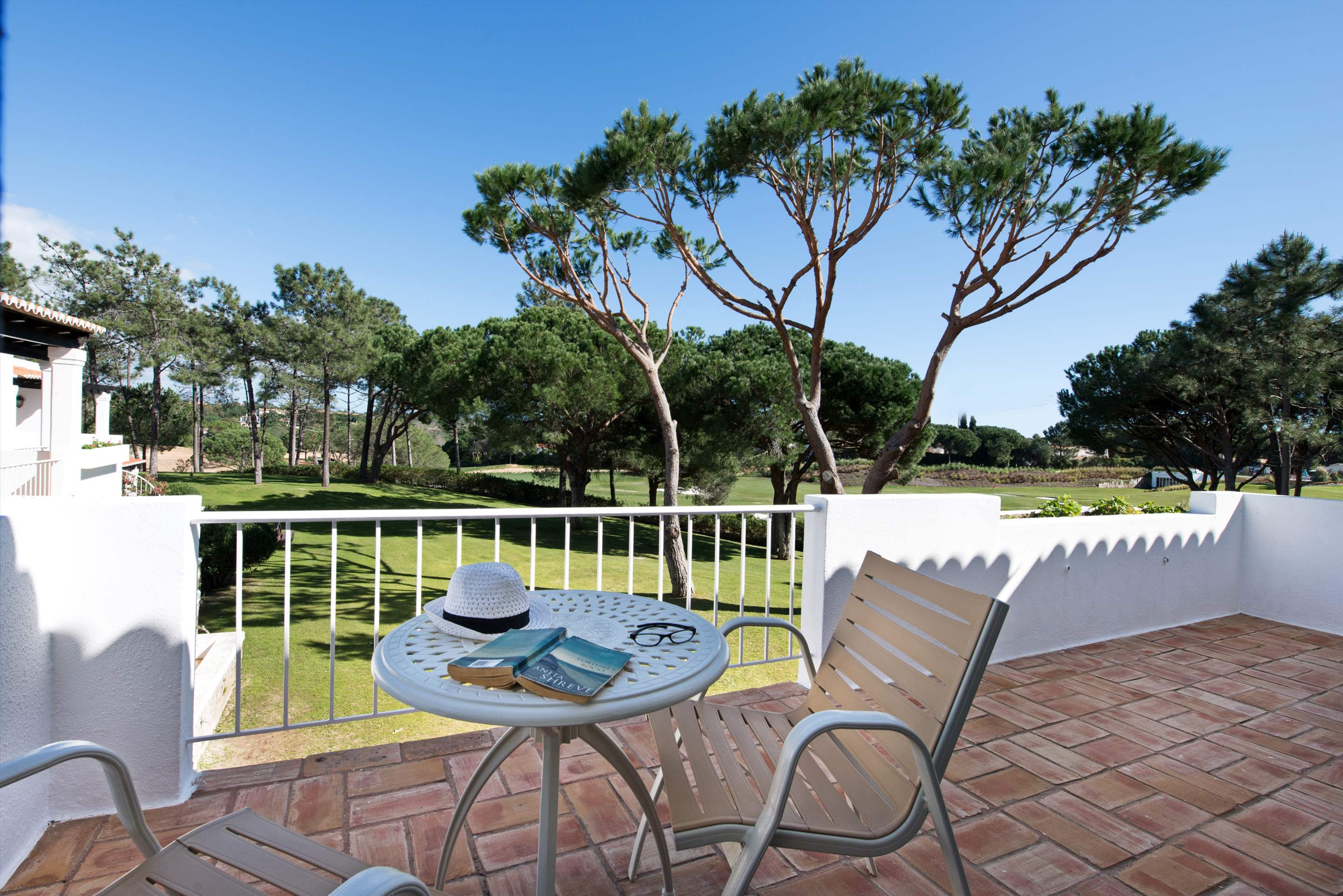 Four Seasons Country Club 1 bed, Superior - Thursday Arrival, 1 bedroom apartment in Four Seasons Country Club, Algarve Photo #8