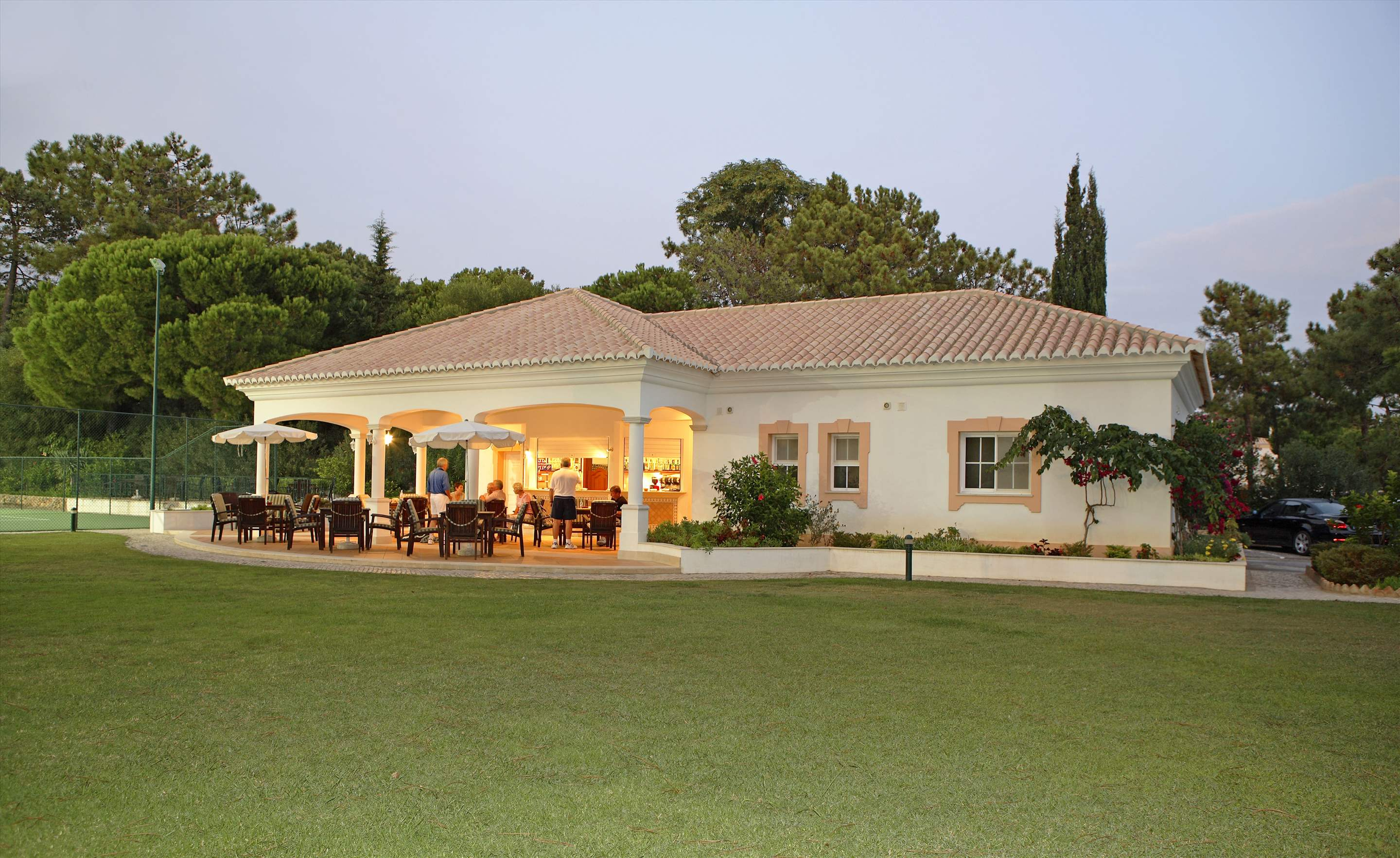 Four Seasons Country Club 2 Bed Townhouse, Superior - Saturday Arrival, 2 bedroom apartment in Four Seasons Country Club, Algarve Photo #38