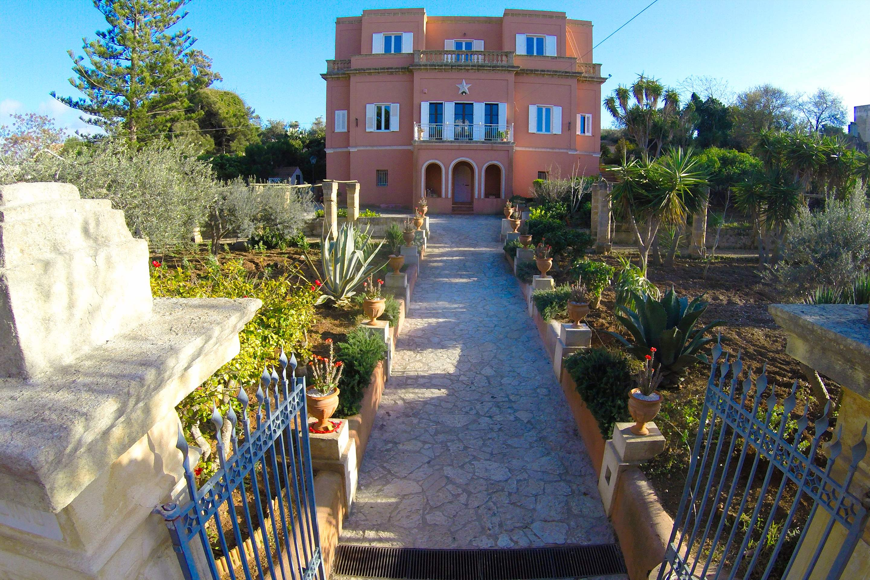 Villa Maria, 4 bedroom villa in Western Sicily, Sicily Photo #7