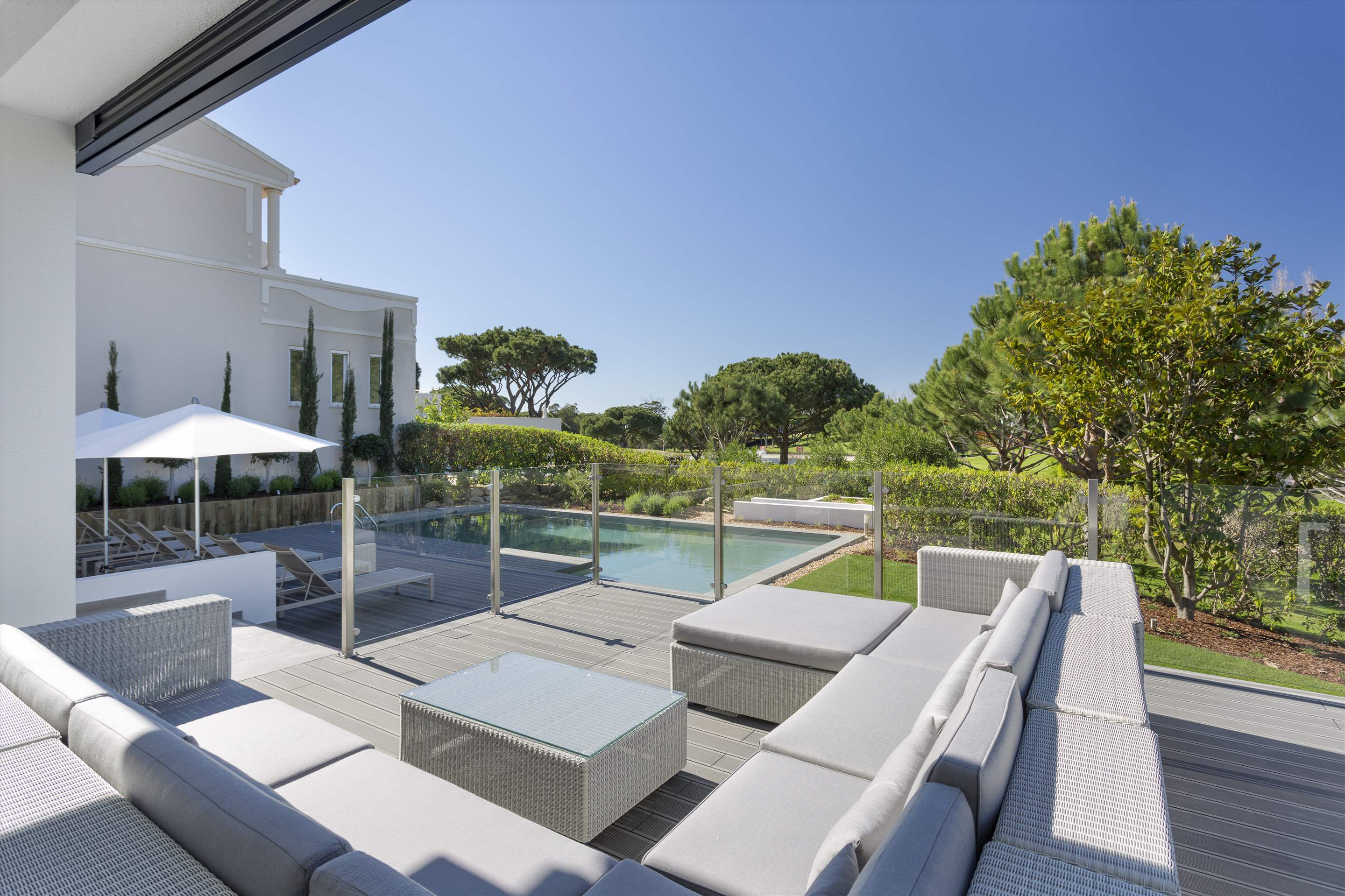 Villa Thelma, 3 bedroom villa in Vale do Lobo, Algarve Photo #2