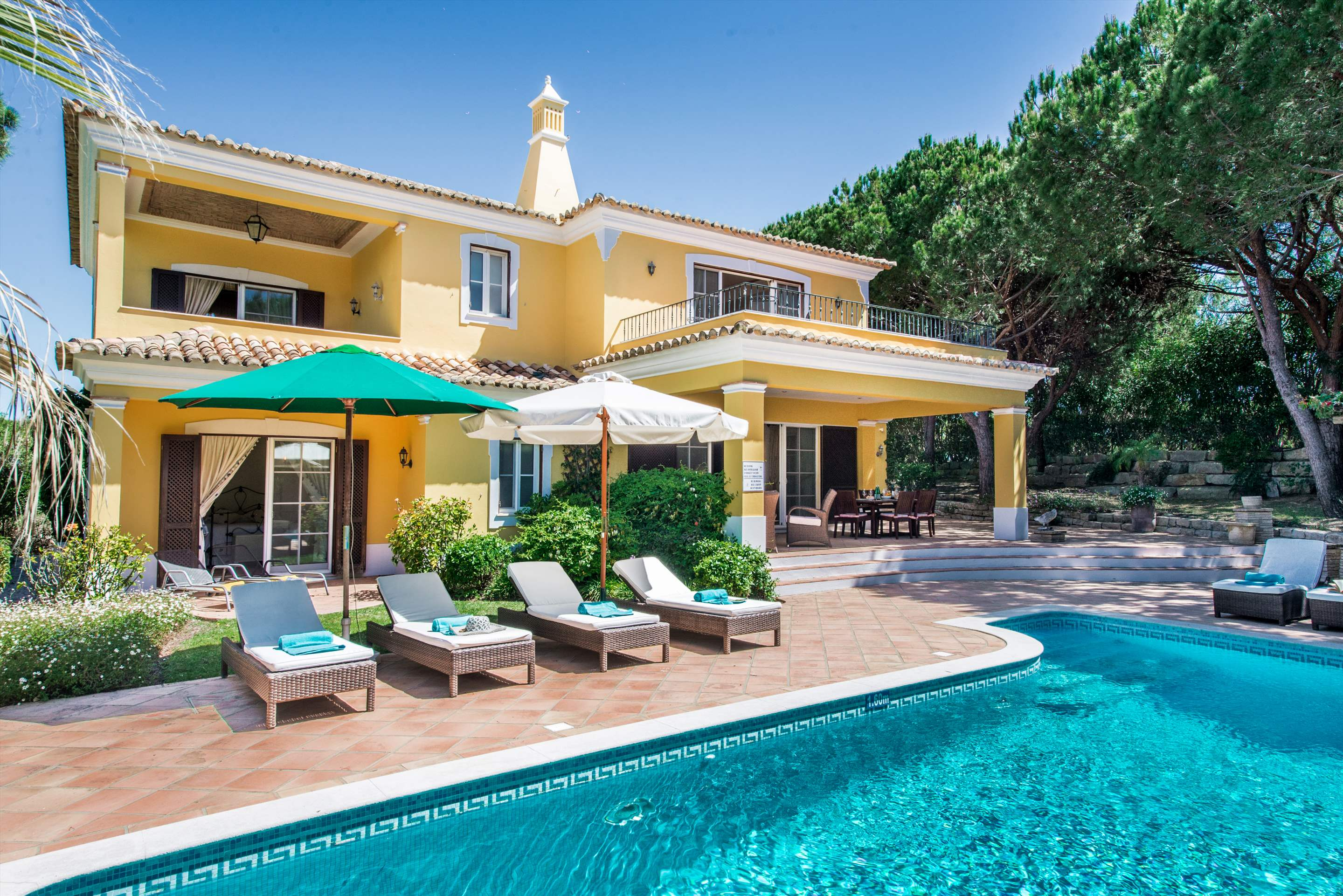 Casa da Paz, 4 bedroom villa in Quinta do Lago, Algarve
