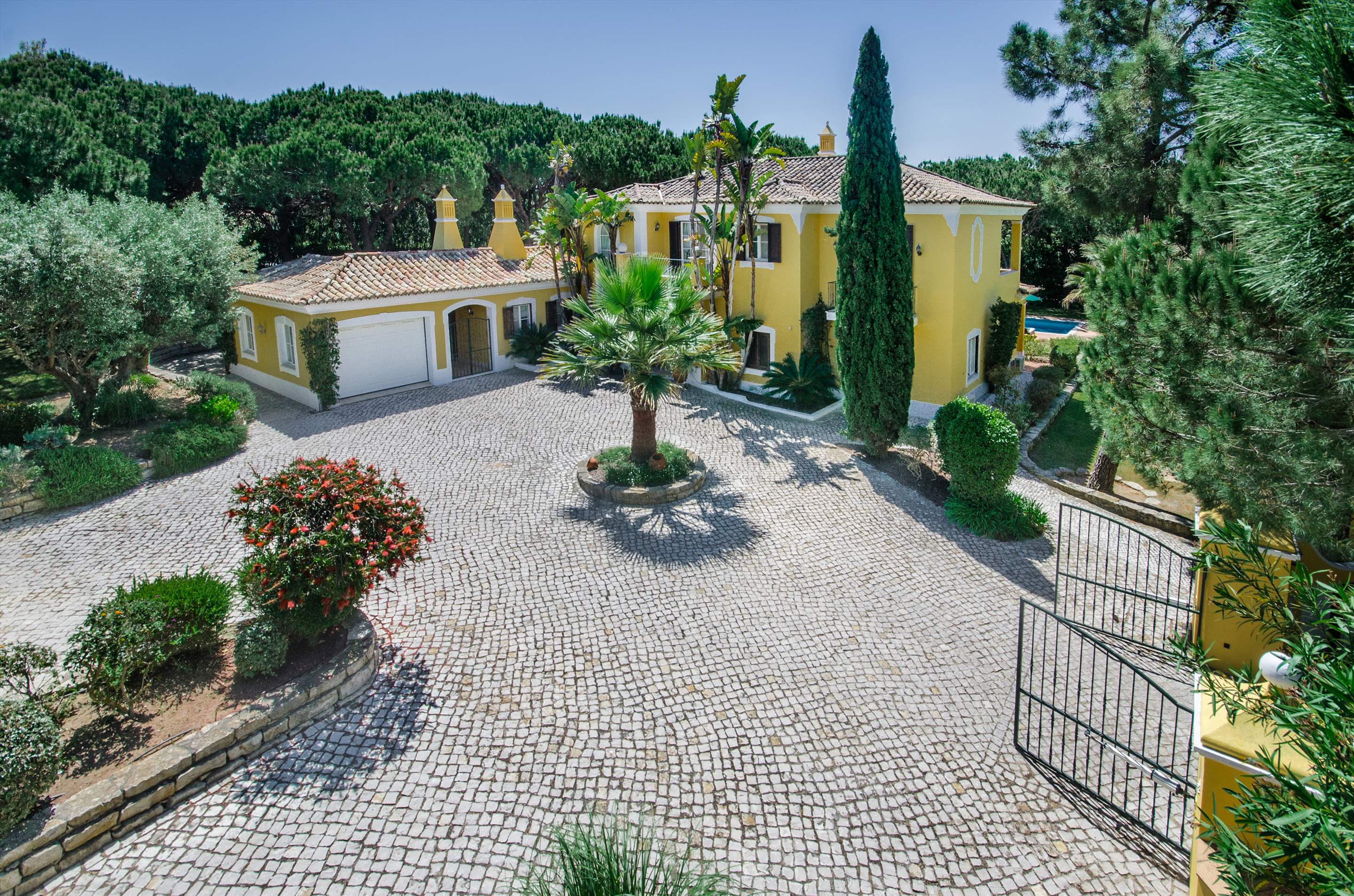 Casa da Paz, 4 bedroom villa in Quinta do Lago, Algarve Photo #24