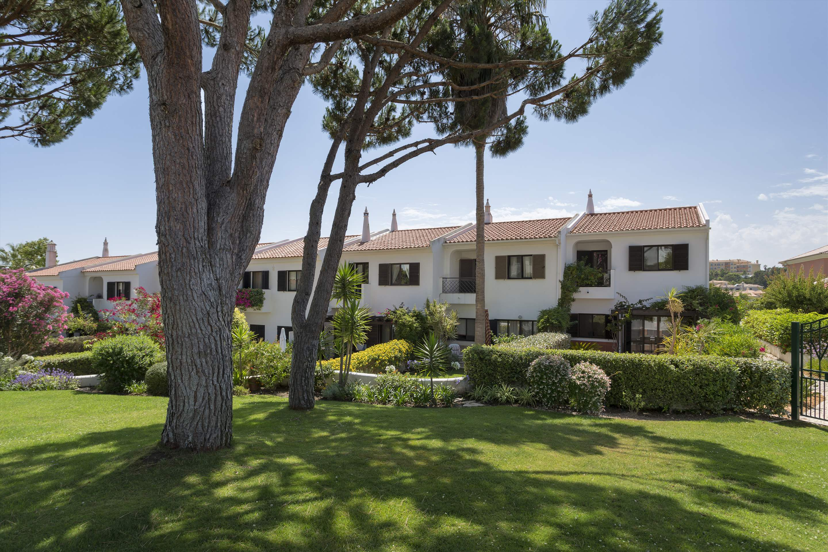 Villa Xavier, 3 bedroom villa in Quinta do Lago, Algarve Photo #1