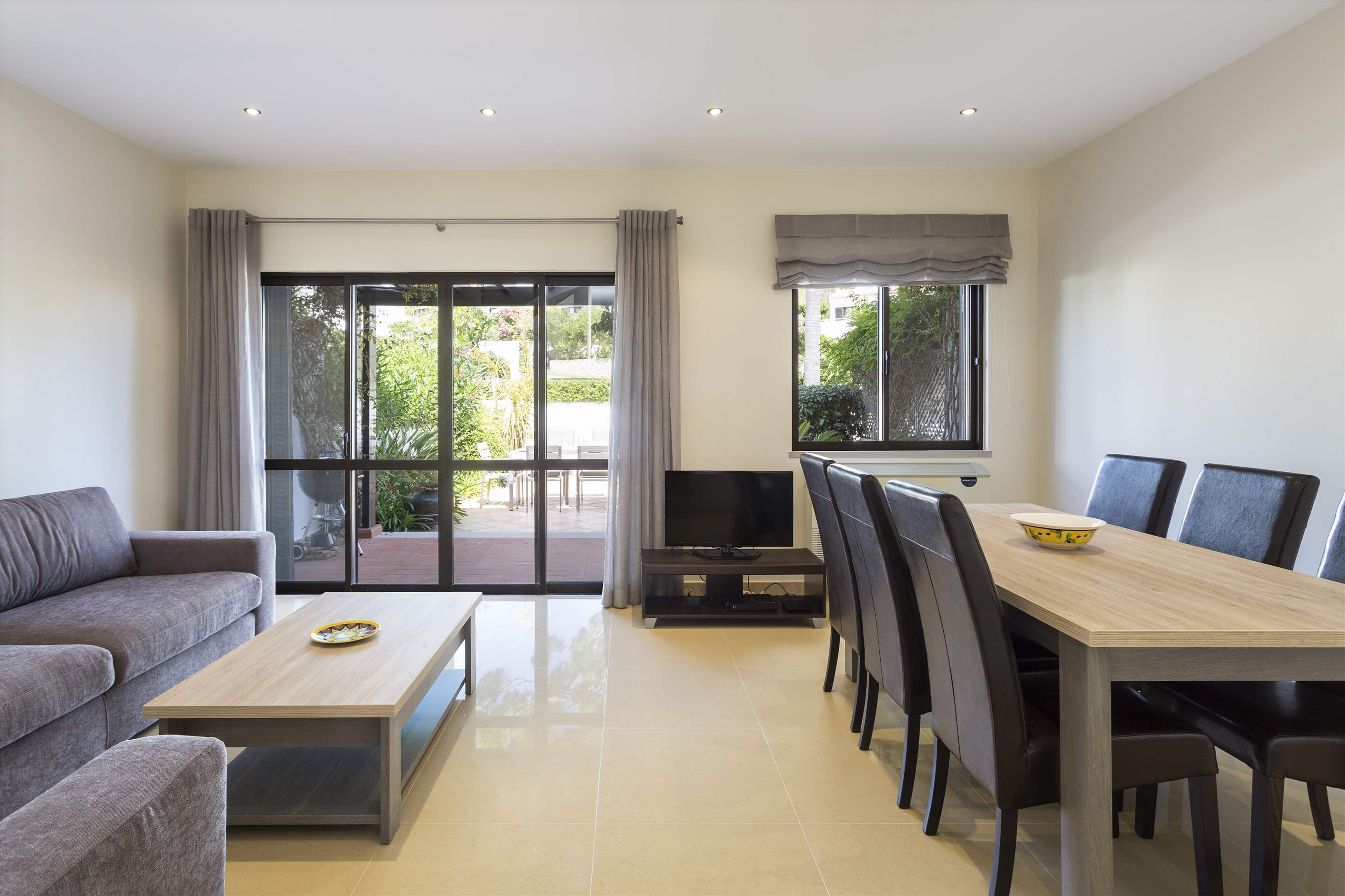 Villa Xavier, 3 bedroom villa in Quinta do Lago, Algarve Photo #5