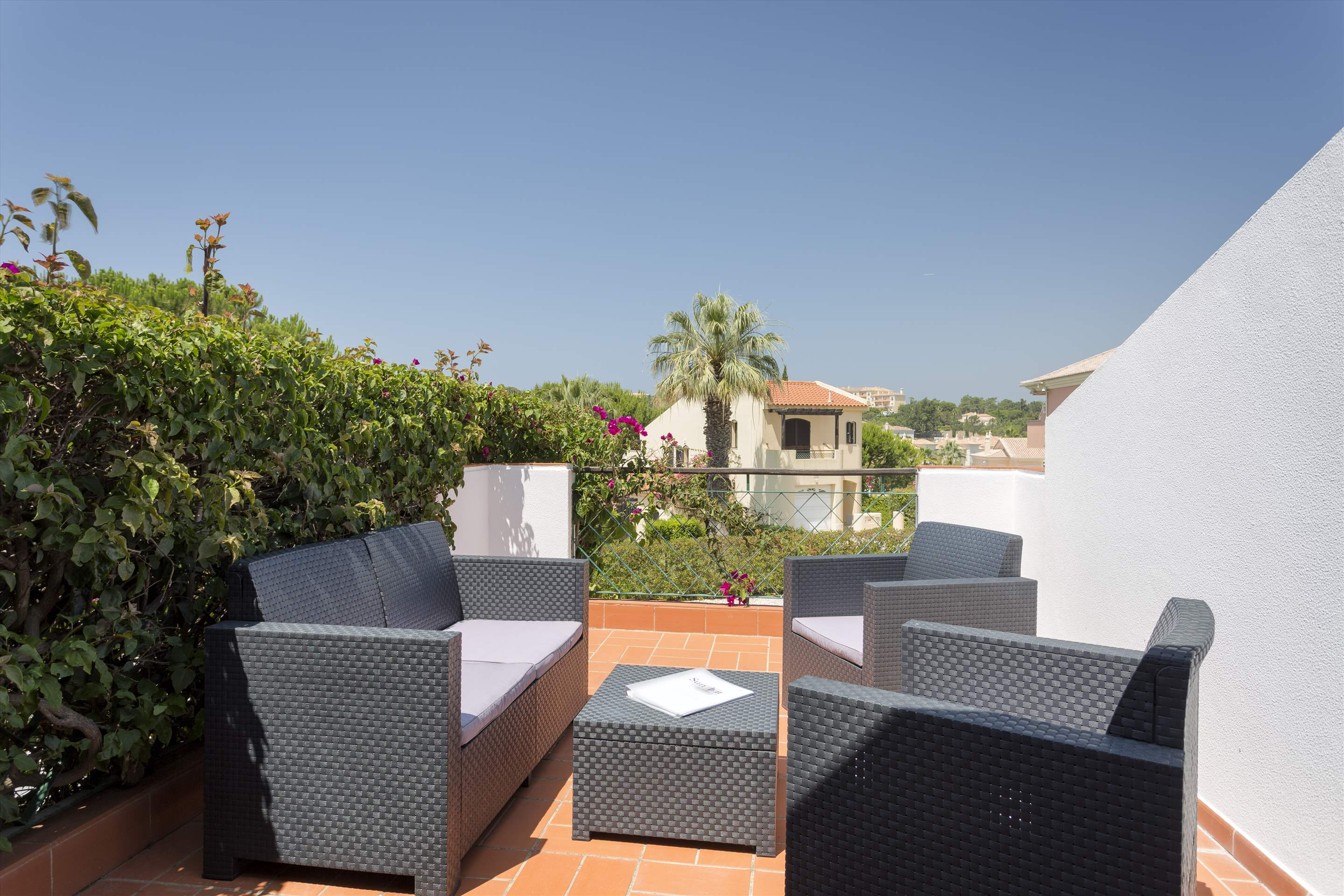 Villa Xavier, 3 bedroom villa in Quinta do Lago, Algarve Photo #8