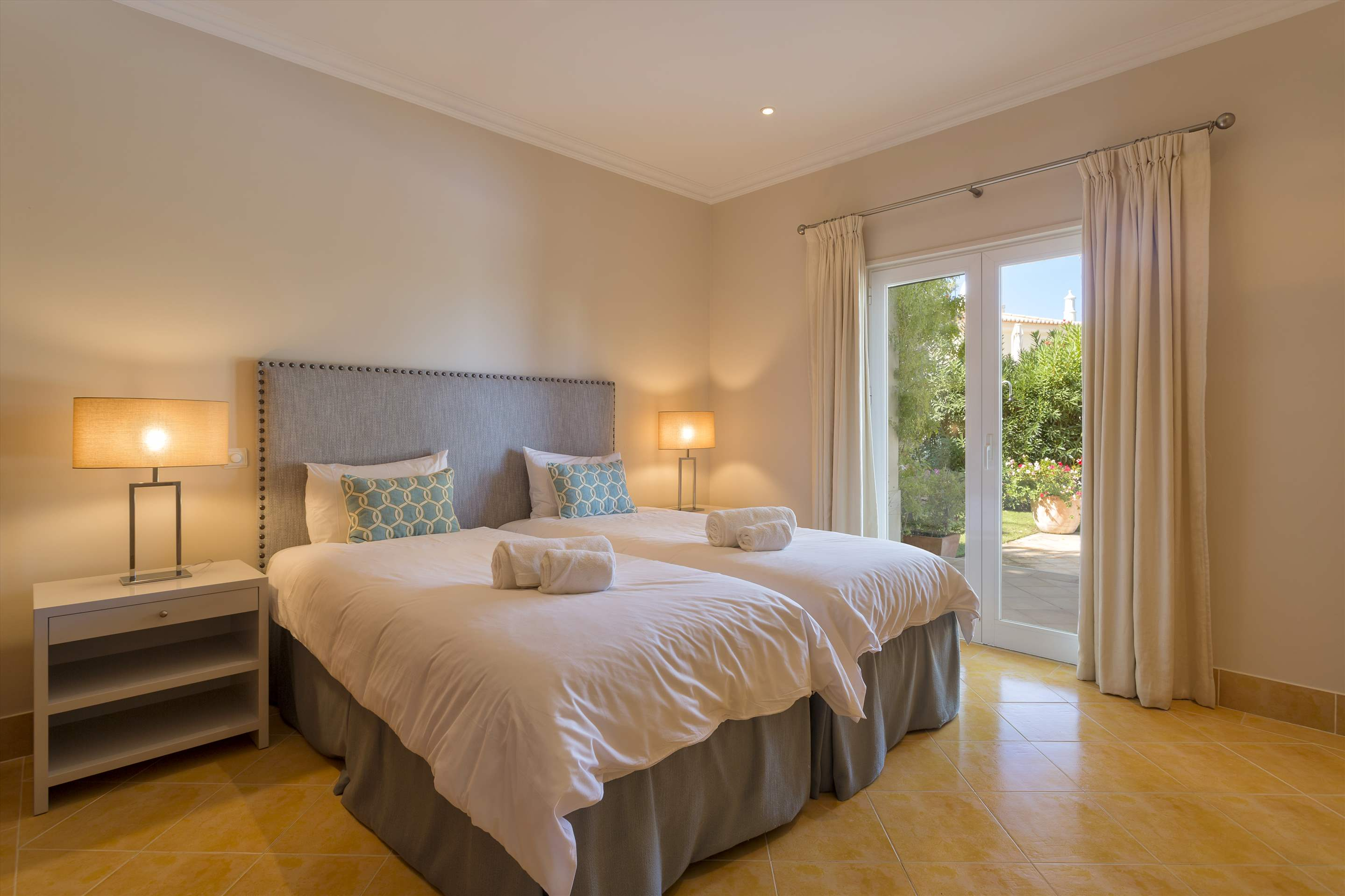 Villa Liza, 4 bedroom villa in Vale do Lobo, Algarve Photo #18