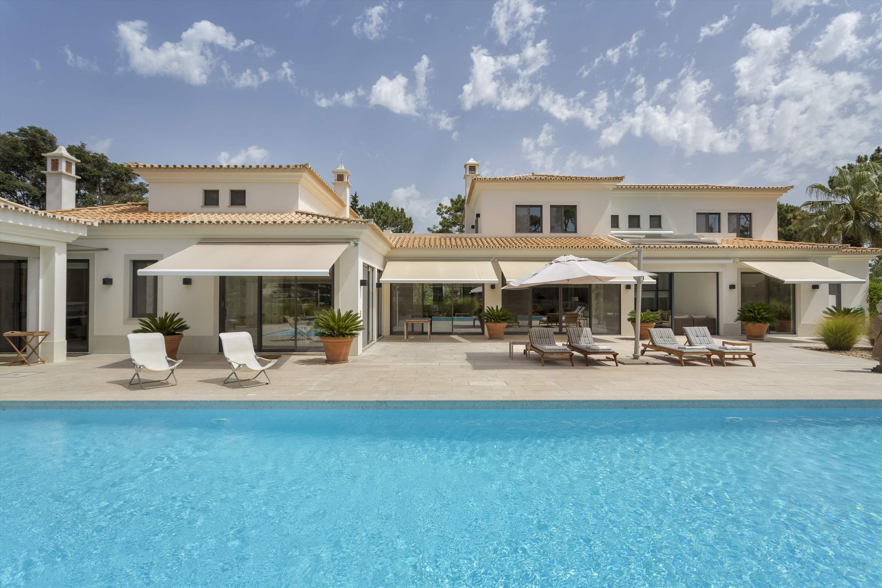 Casa Jacaranda, 5 bedroom villa in Quinta do Lago, Algarve Photo #11