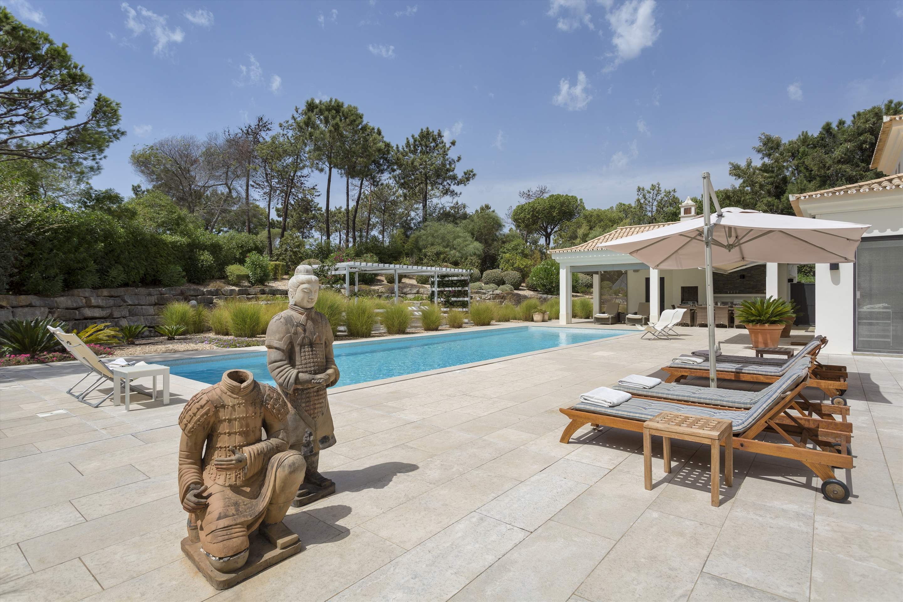 Casa Jacaranda, 5 bedroom villa in Quinta do Lago, Algarve Photo #17