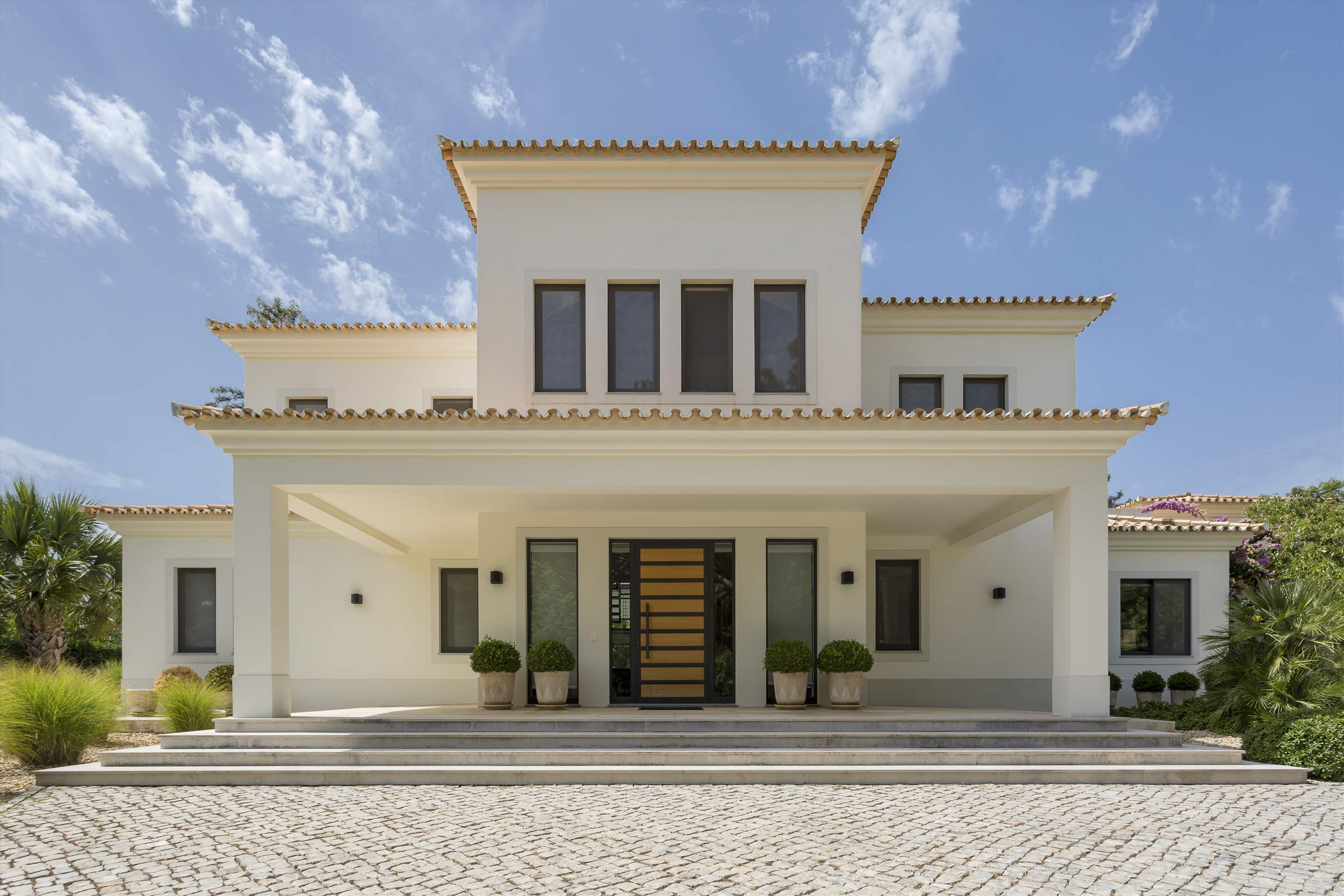 Casa Jacaranda, 5 bedroom villa in Quinta do Lago, Algarve Photo #18