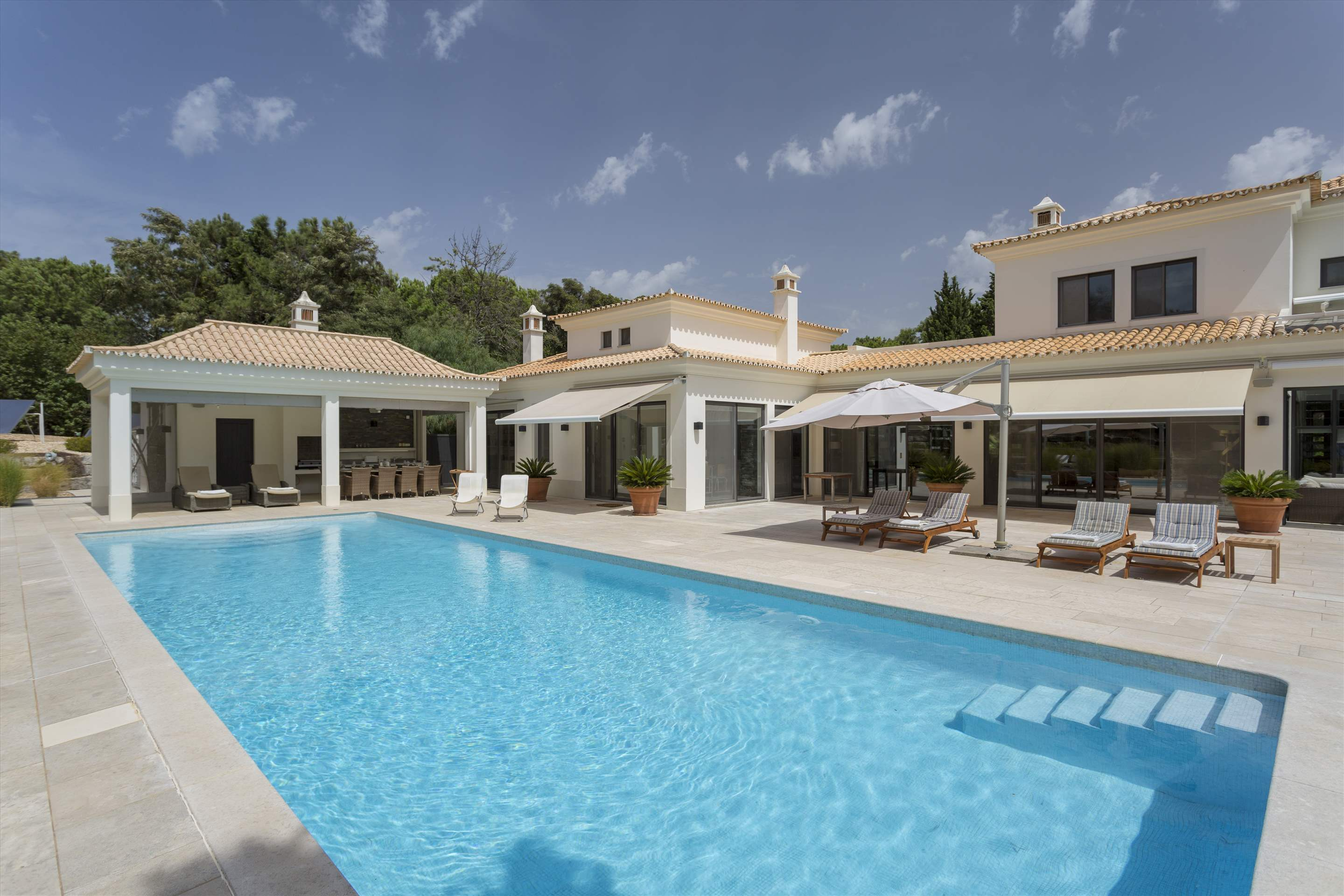 Casa Jacaranda, 5 bedroom villa in Quinta do Lago, Algarve Photo #8