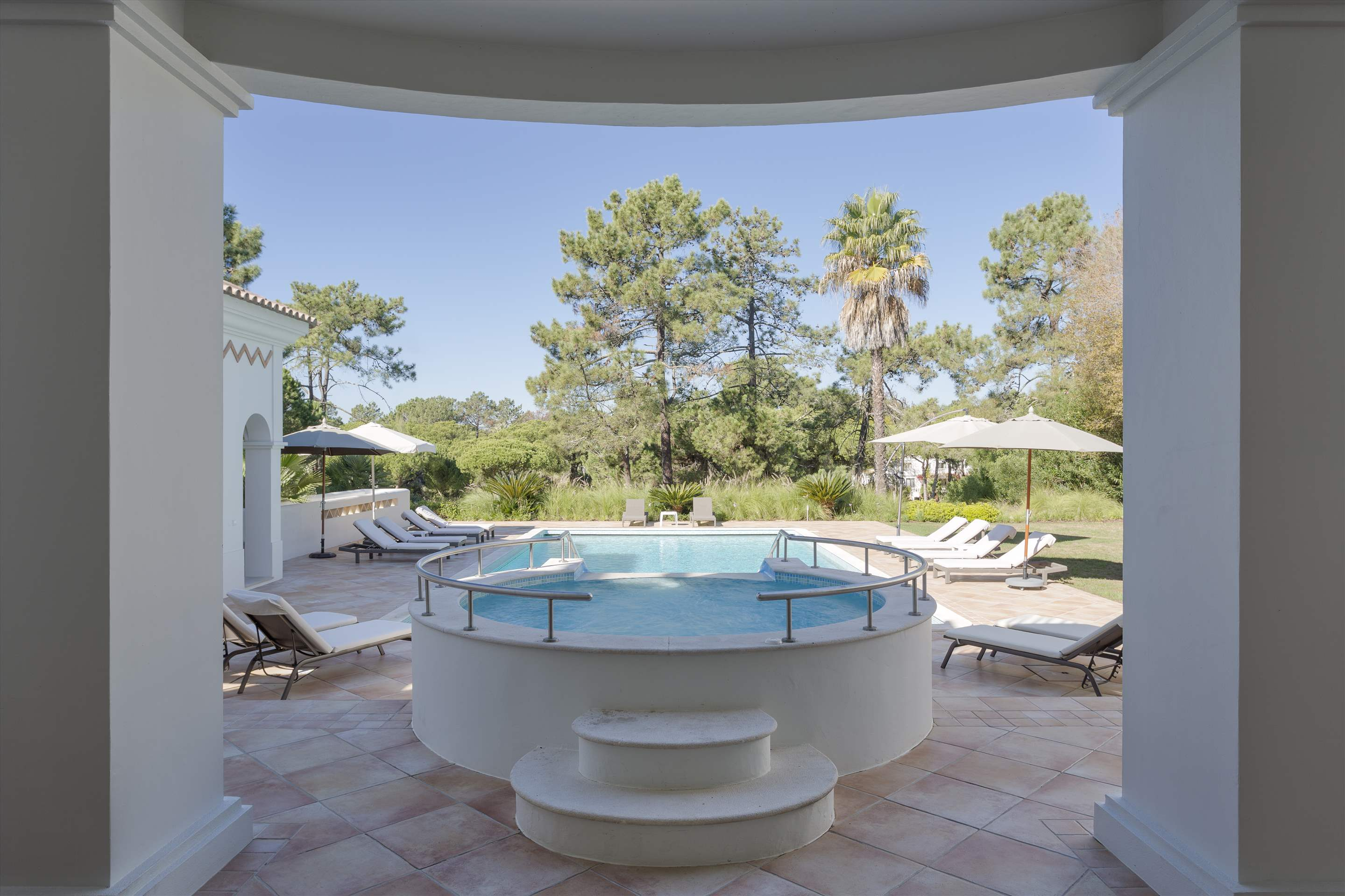 Villa Lantana 2, Main house & Annexe, 6 bedrooms, 6 bedroom villa in Quinta do Lago, Algarve Photo #12
