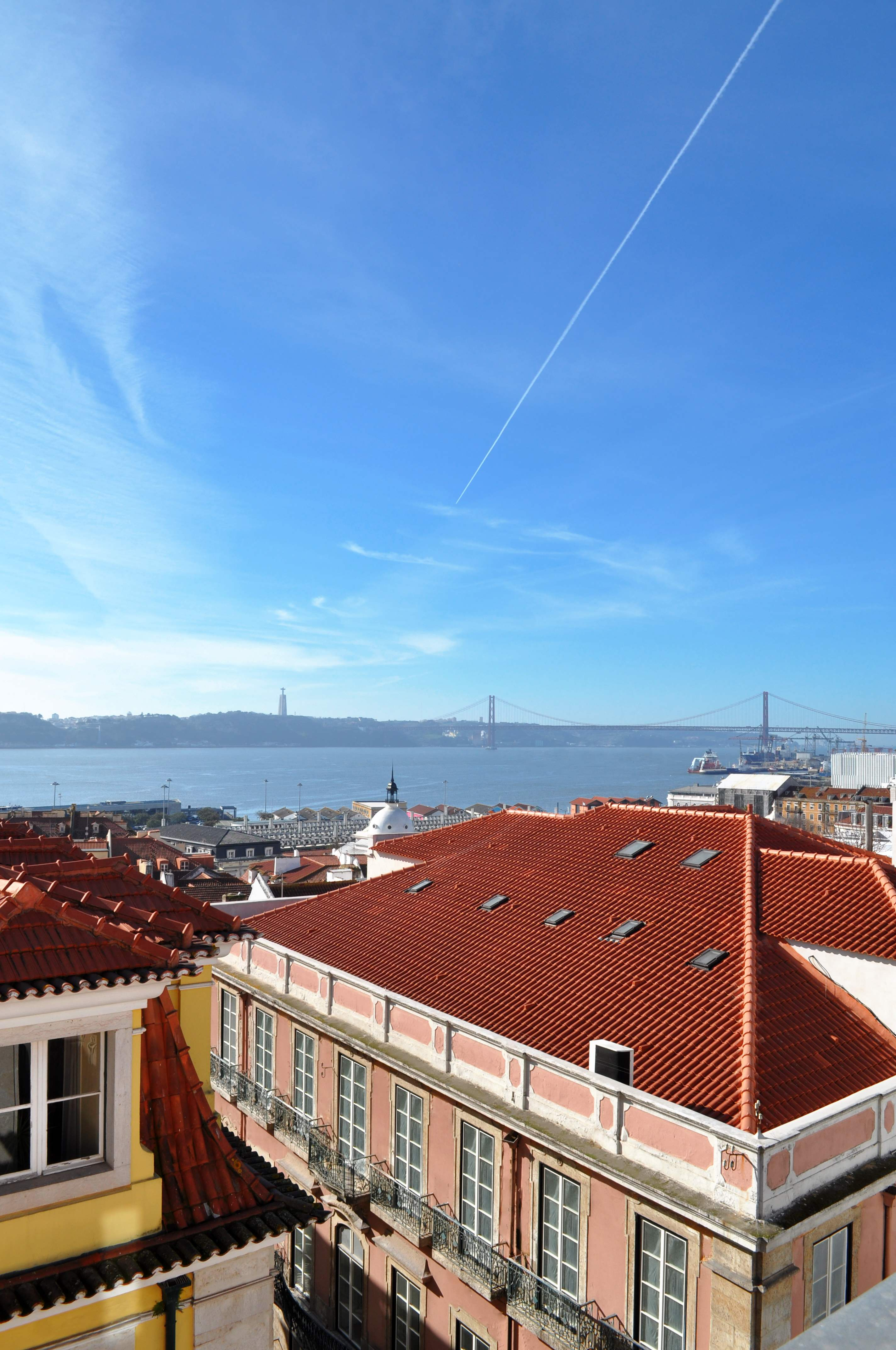 Martinhal Chiado Family Suites, Premium Deluxe Apartment One Bedroom with single beds, 1 bedroom apartment in Lisbon Coast, Lisbon Photo #22