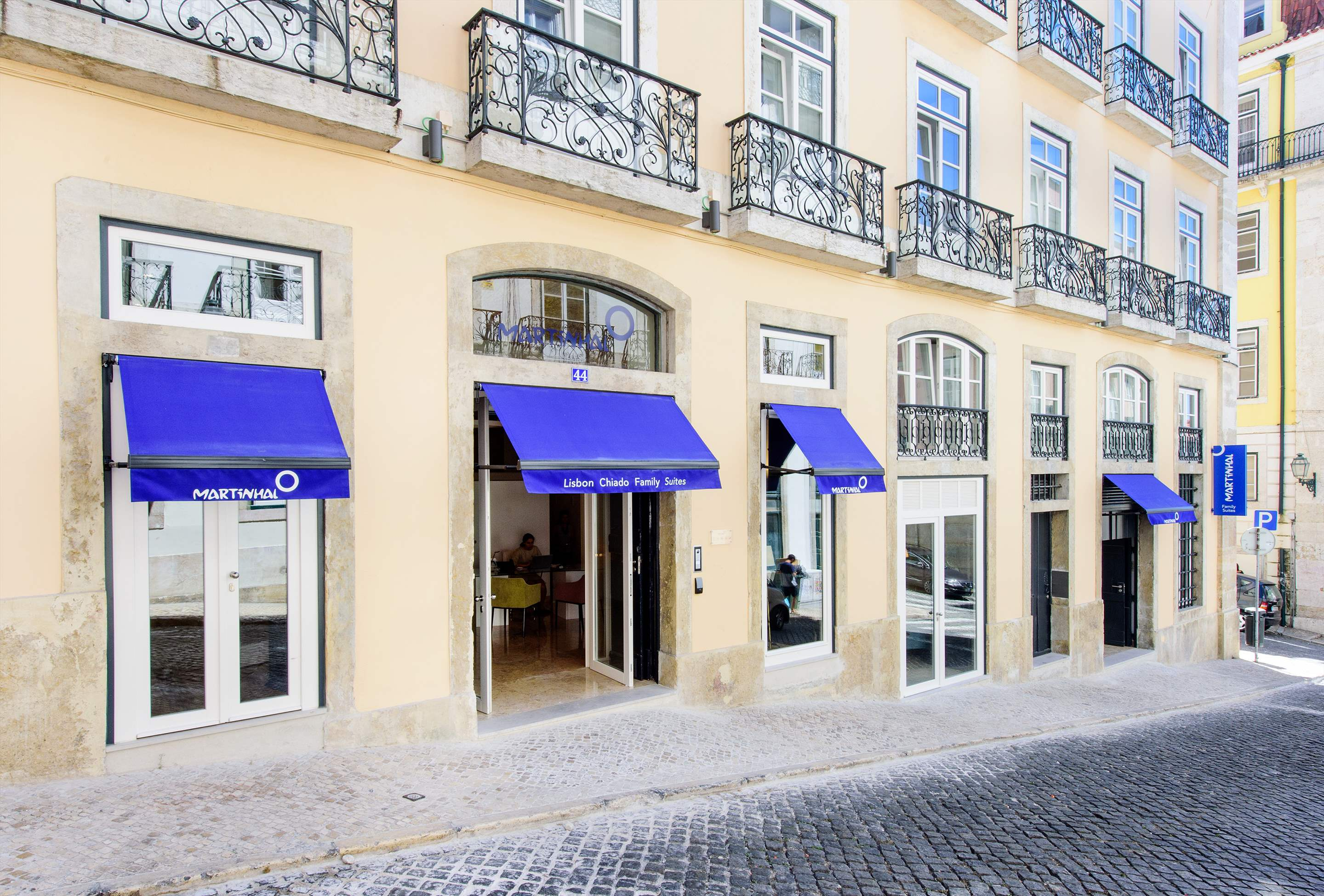 Martinhal Chiado Family Suites, Premium Deluxe Apartment One Bedroom with single beds, 1 bedroom apartment in Lisbon Coast, Lisbon Photo #9