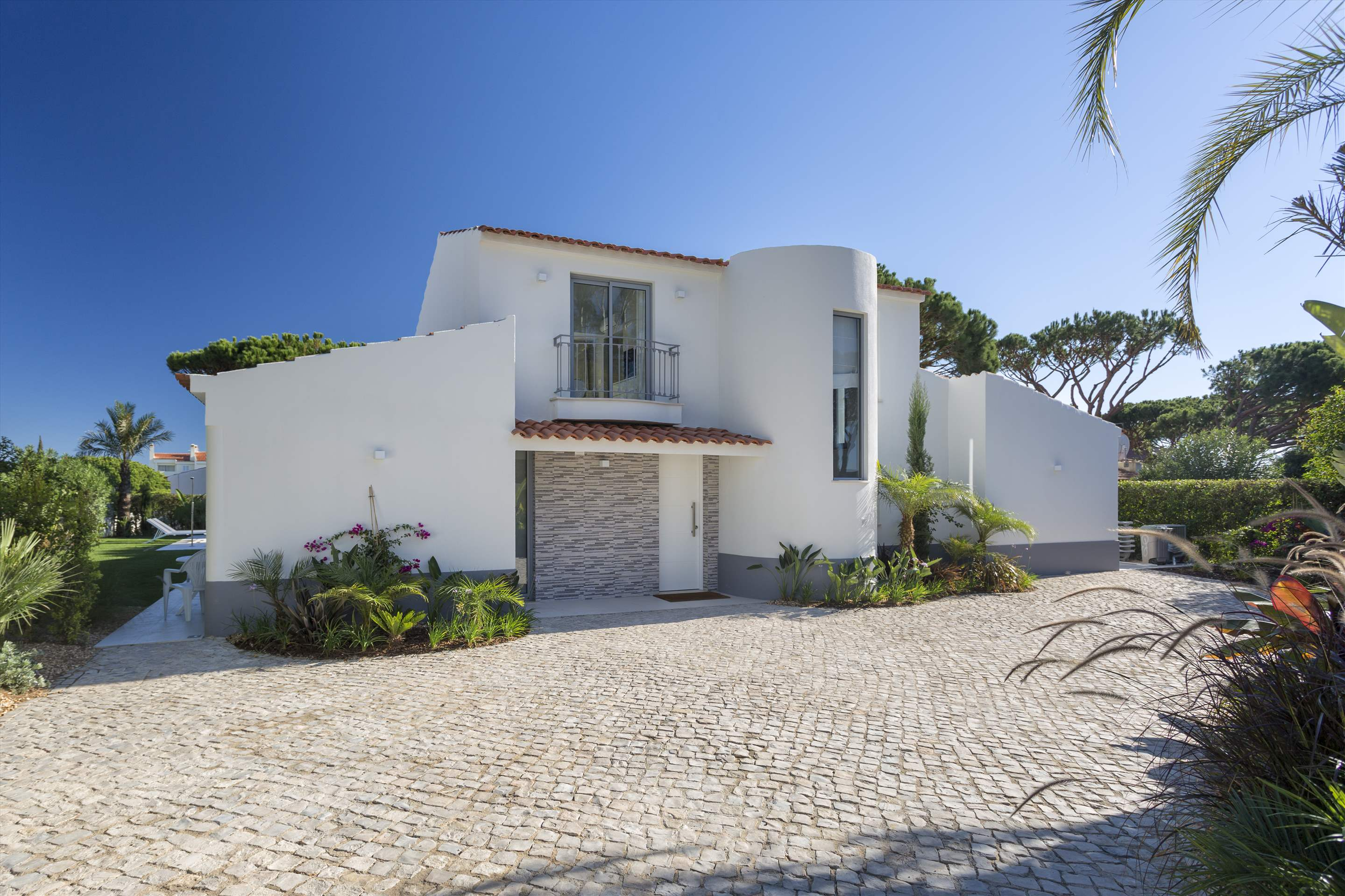 Casa Coral, 4 bedroom villa in Vale do Lobo, Algarve Photo #10