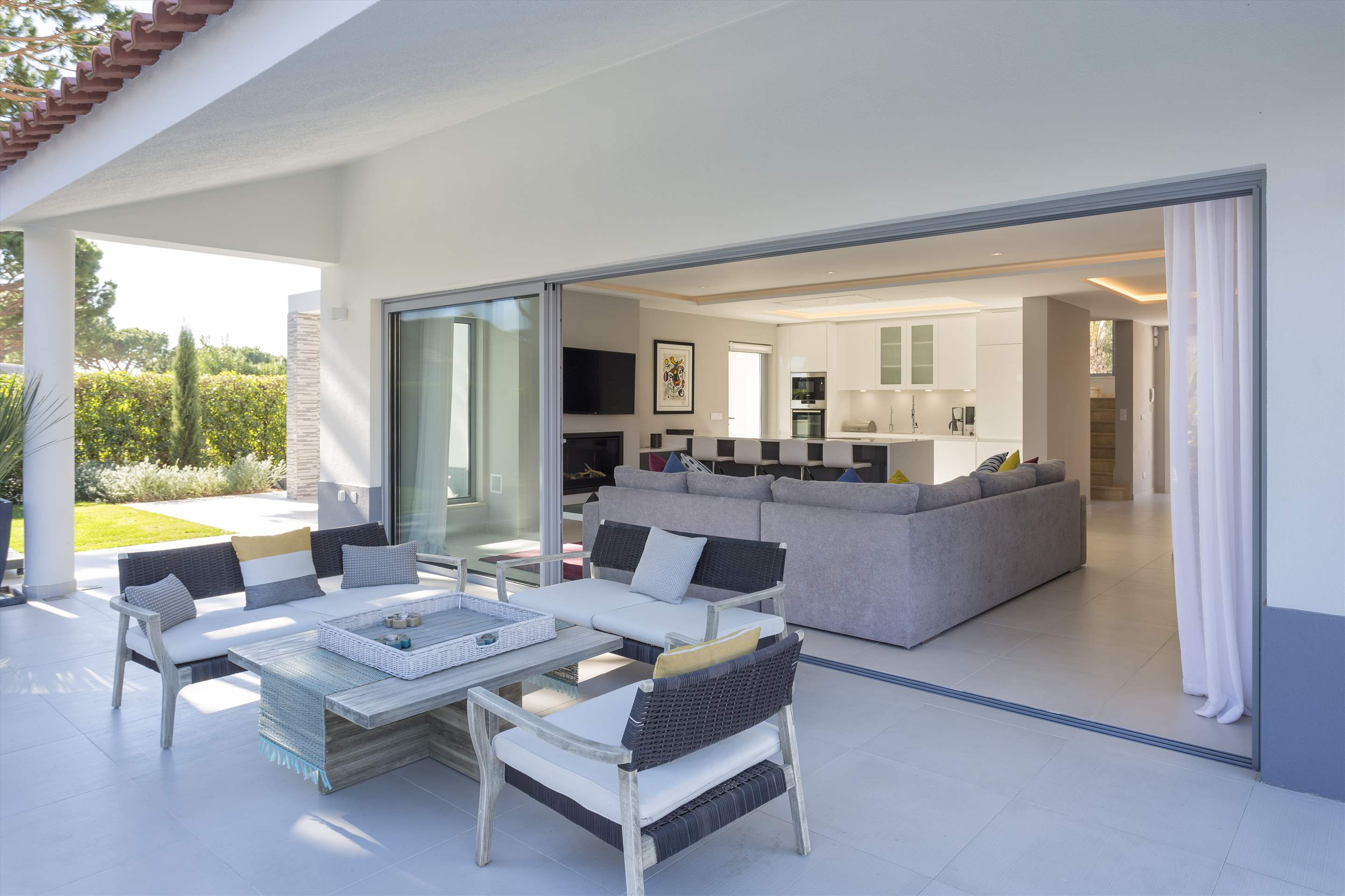 Casa Coral, 4 bedroom villa in Vale do Lobo, Algarve Photo #3