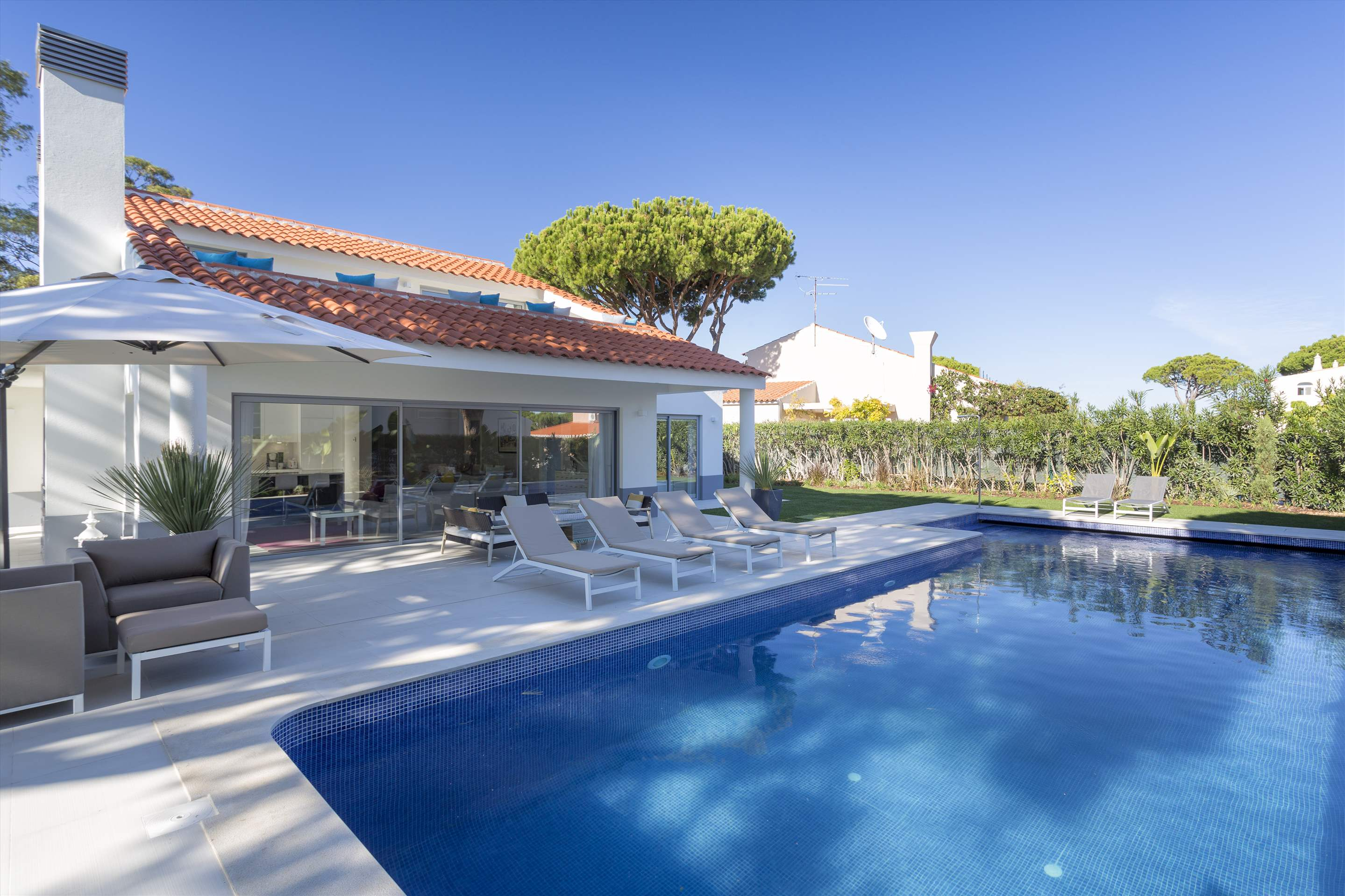 Casa Coral, 4 bedroom villa in Vale do Lobo, Algarve Photo #8