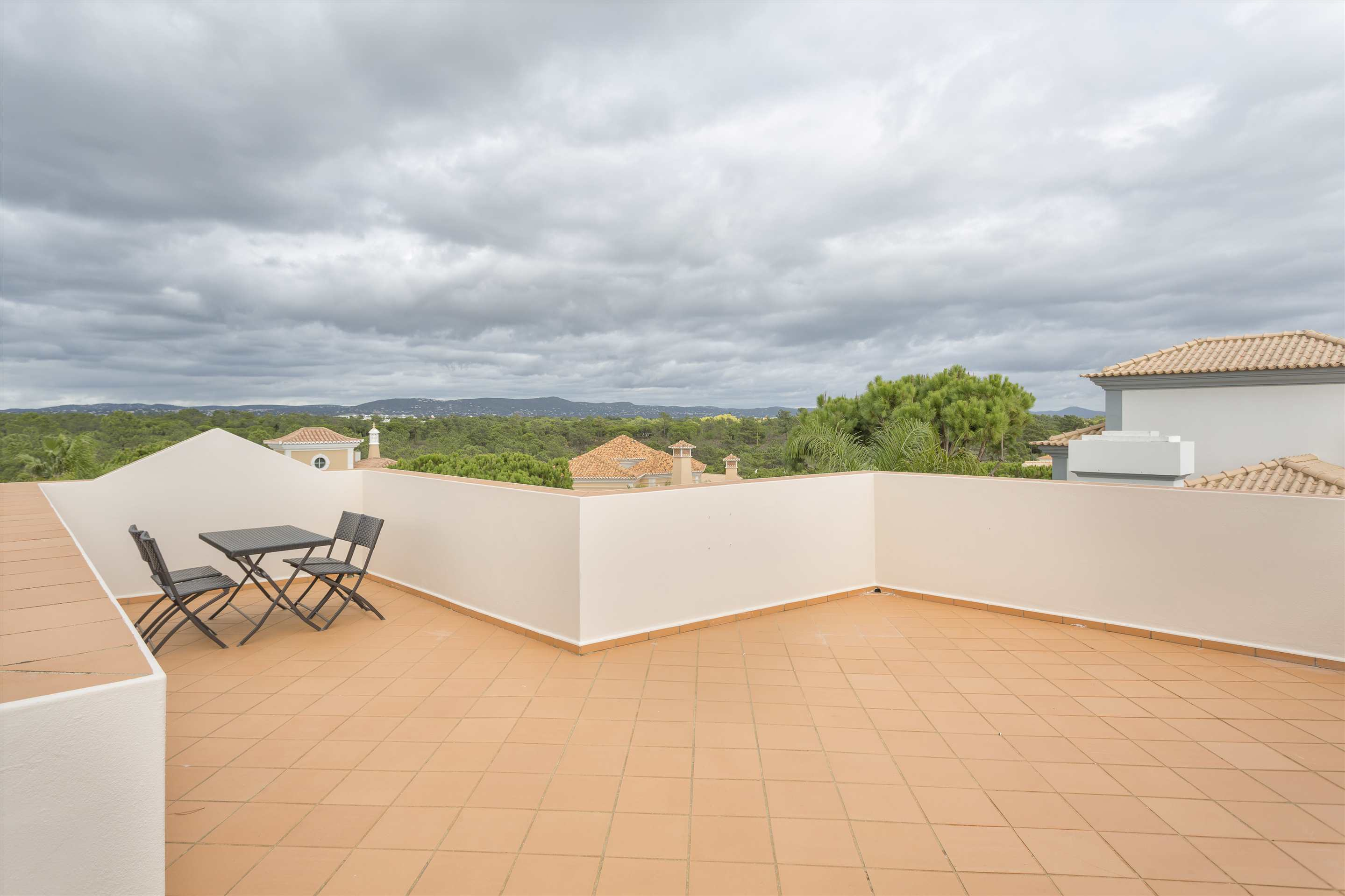 Villa Diana, 4 bedroom villa in Vale do Lobo, Algarve Photo #20