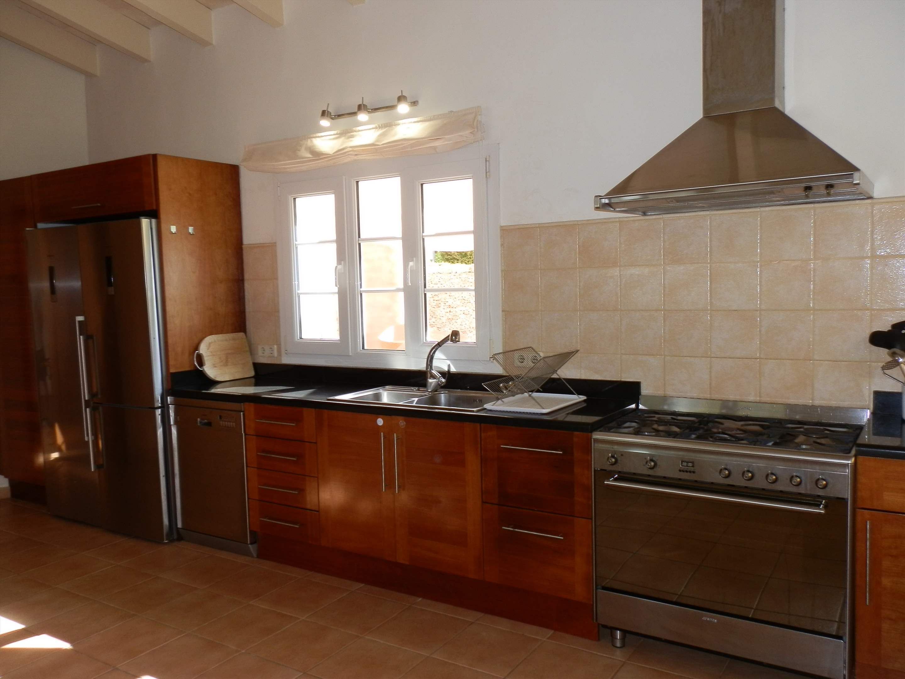 Villa Amanjena, 6 bedroom villa in Mahon, San Luis & South East, Menorca Photo #4