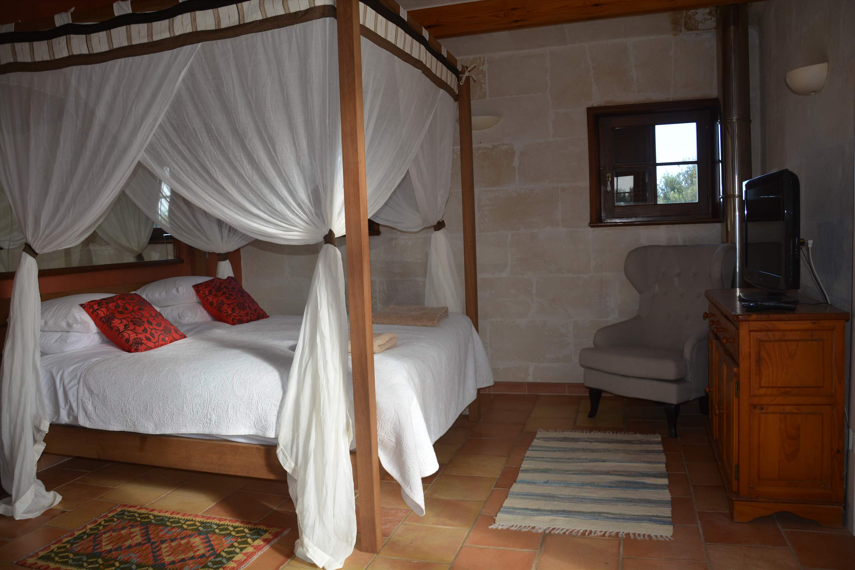 Les Arcs, 5 bedroom villa in Mahon, San Luis & South East, Menorca Photo #25