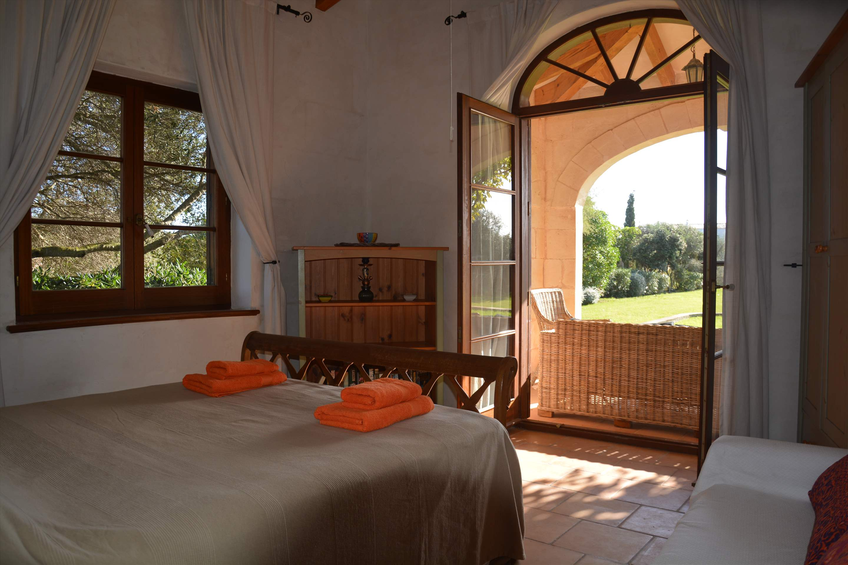 Les Arcs, 5 bedroom villa in Mahon, San Luis & South East, Menorca Photo #27