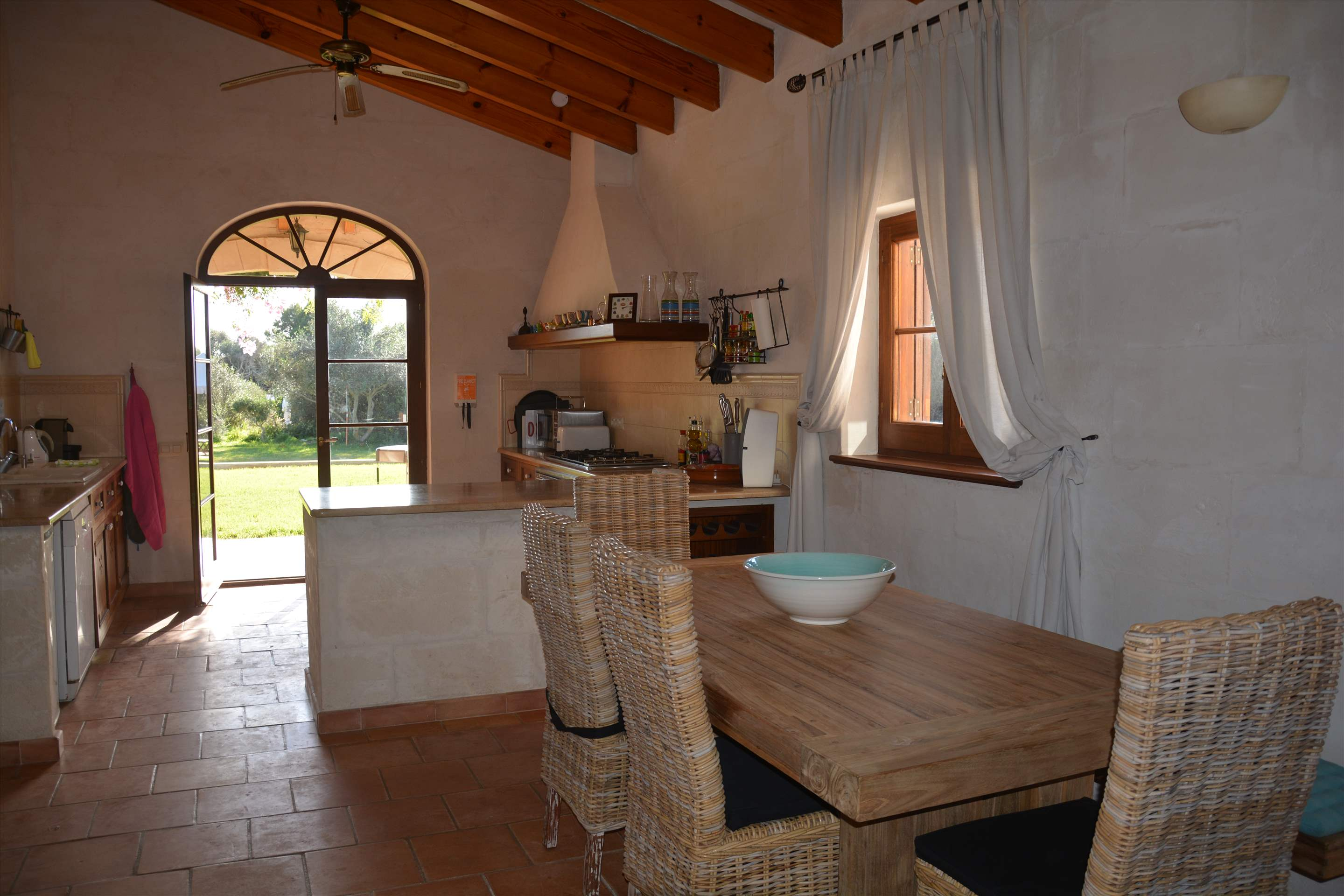 Les Arcs, 5 bedroom villa in Mahon, San Luis & South East, Menorca Photo #7