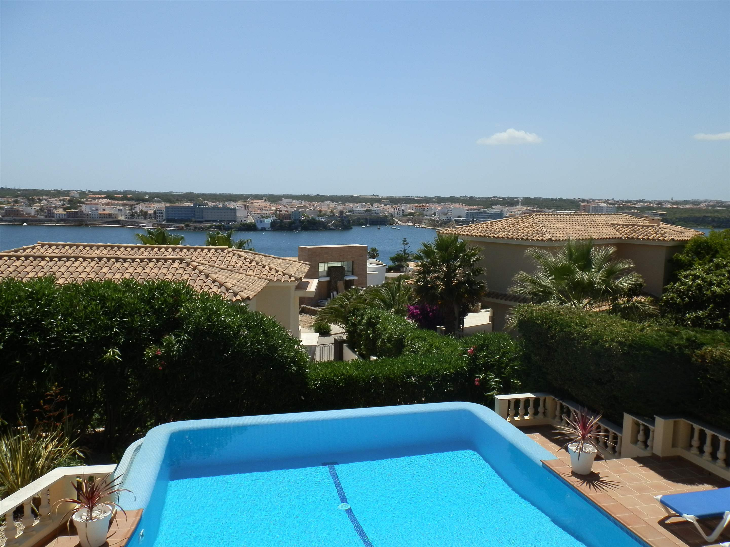 Son De Mar, 5 bedroom villa in Mahon, San Luis & South East, Menorca Photo #13