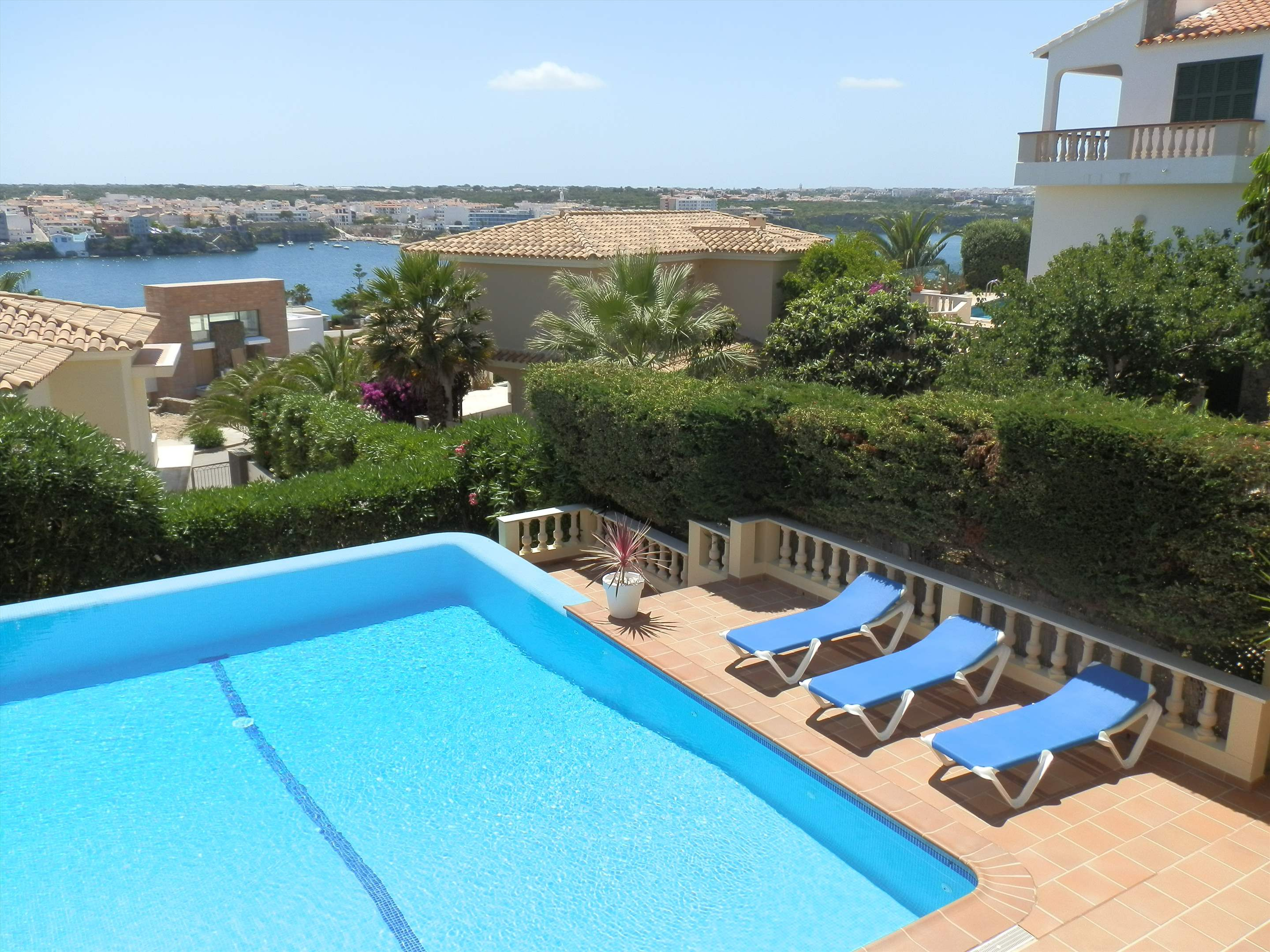 Son De Mar, 5 bedroom villa in Mahon, San Luis & South East, Menorca Photo #3