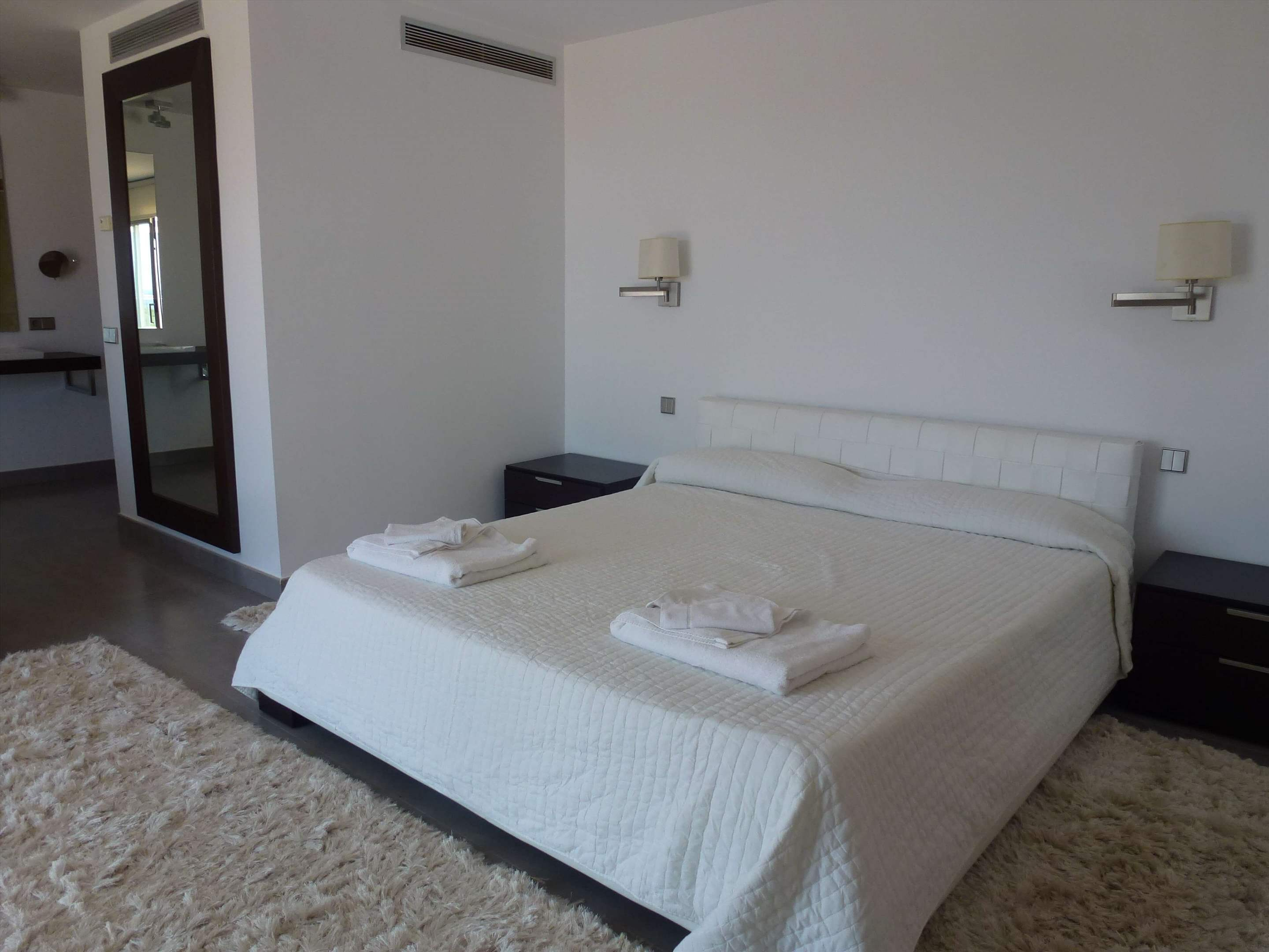 Casa Pitiusa, 4 Bedroom rate, 4 bedroom villa in Mahon, San Luis & South East, Menorca Photo #11
