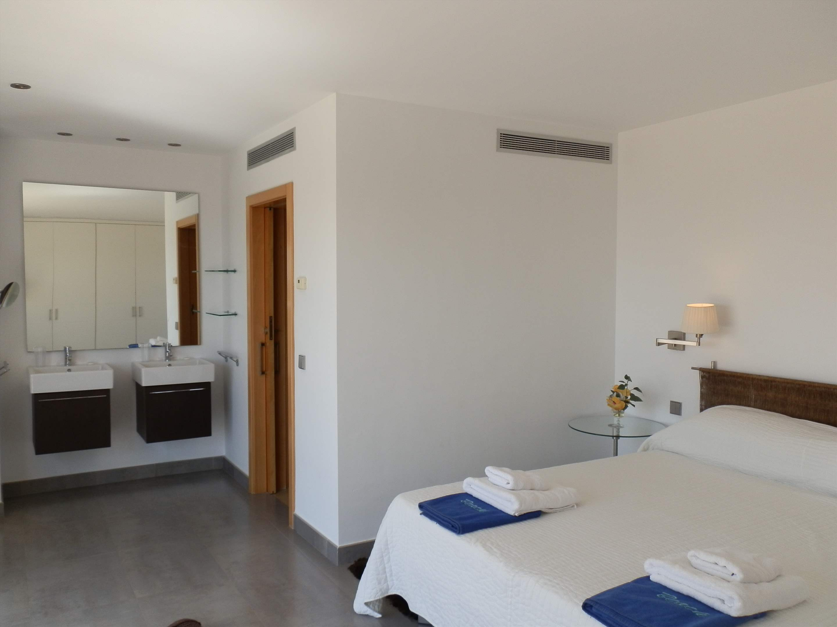 Casa Pitiusa, 4 Bedroom rate, 4 bedroom villa in Mahon, San Luis & South East, Menorca Photo #15