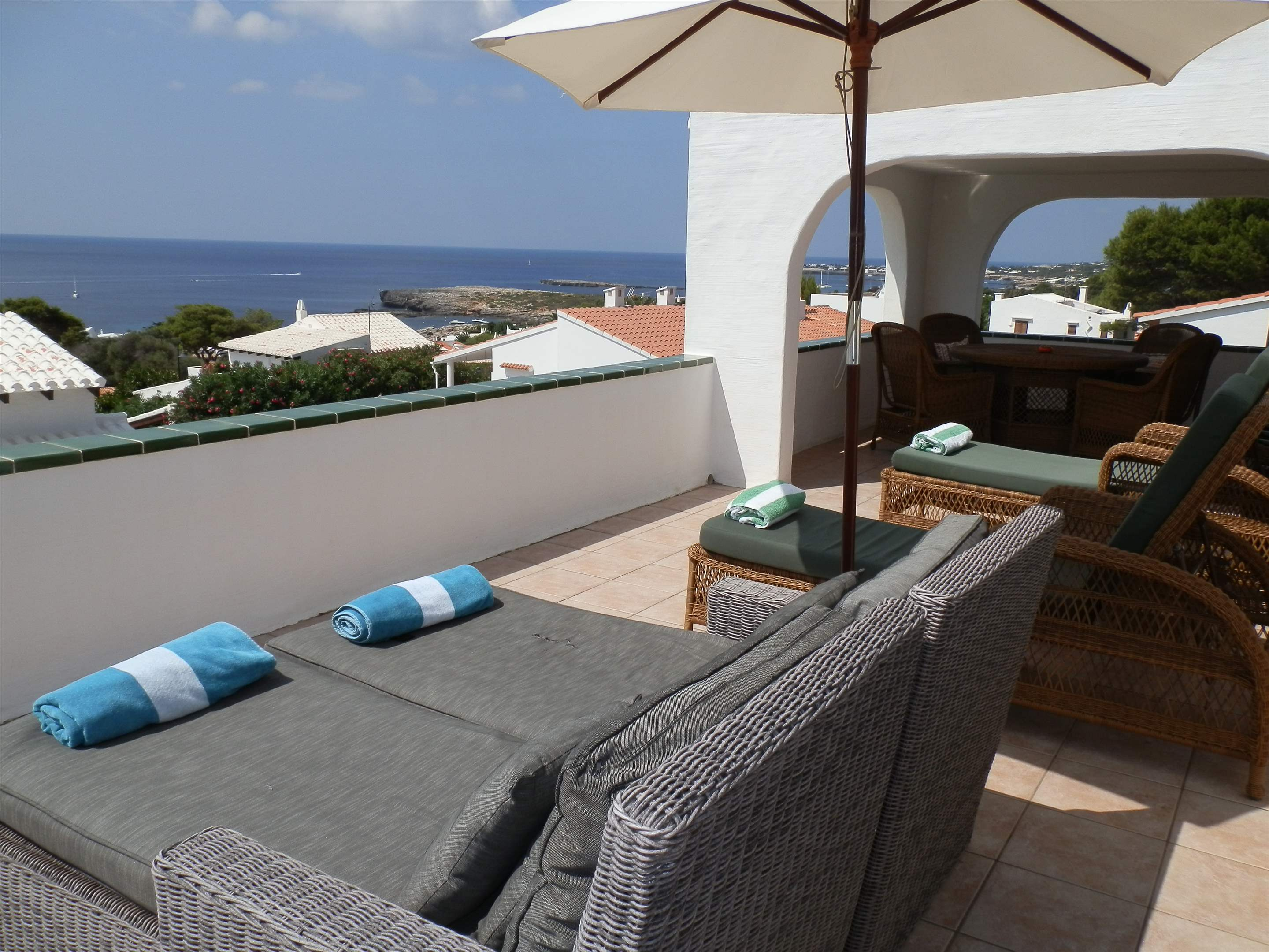 Villa La Palmera, 4 bedroom villa in Mahon, San Luis & South East, Menorca Photo #3