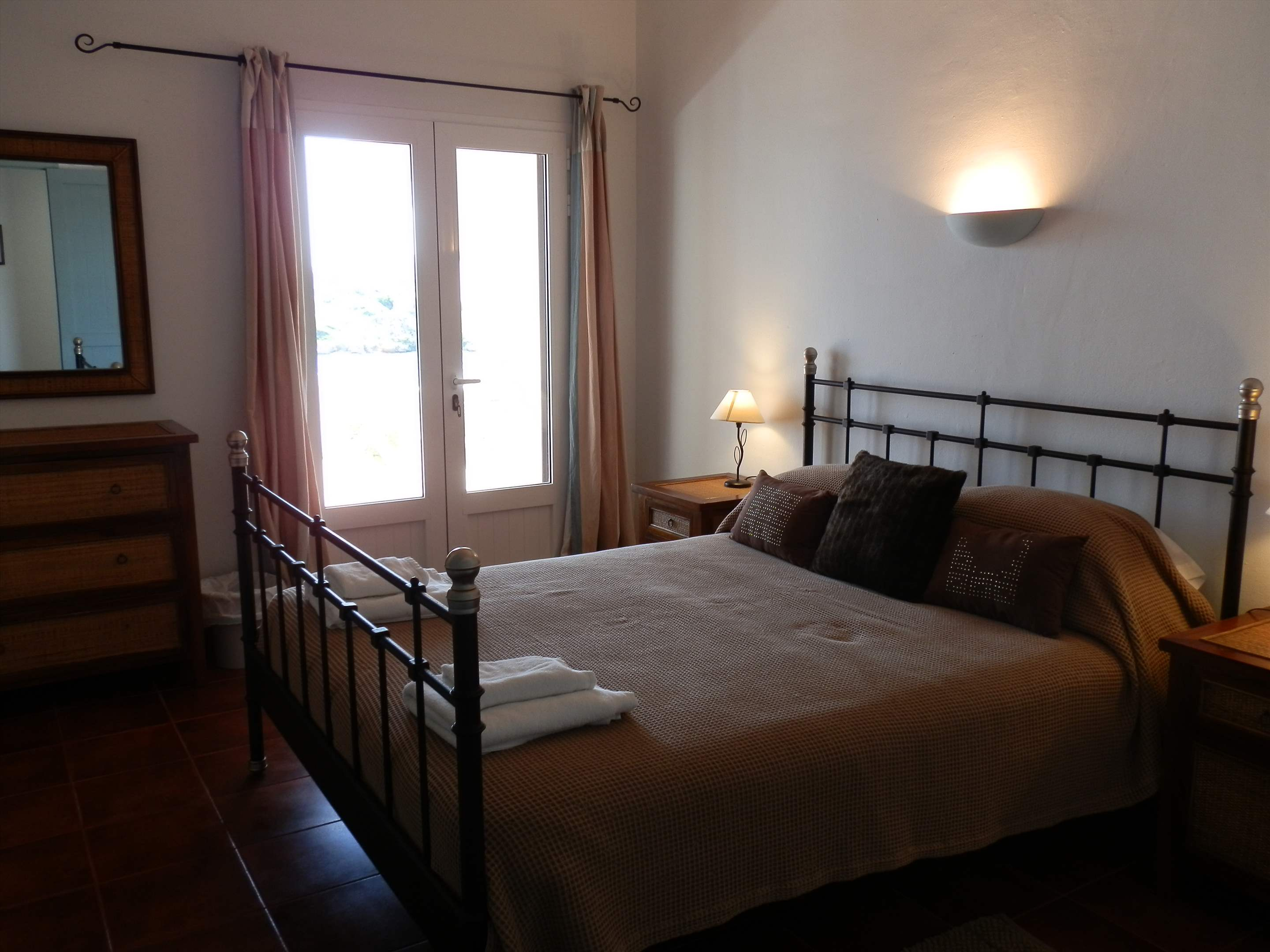 Los Arcos , 5 bedroom villa in Mahon, San Luis & South East, Menorca Photo #15