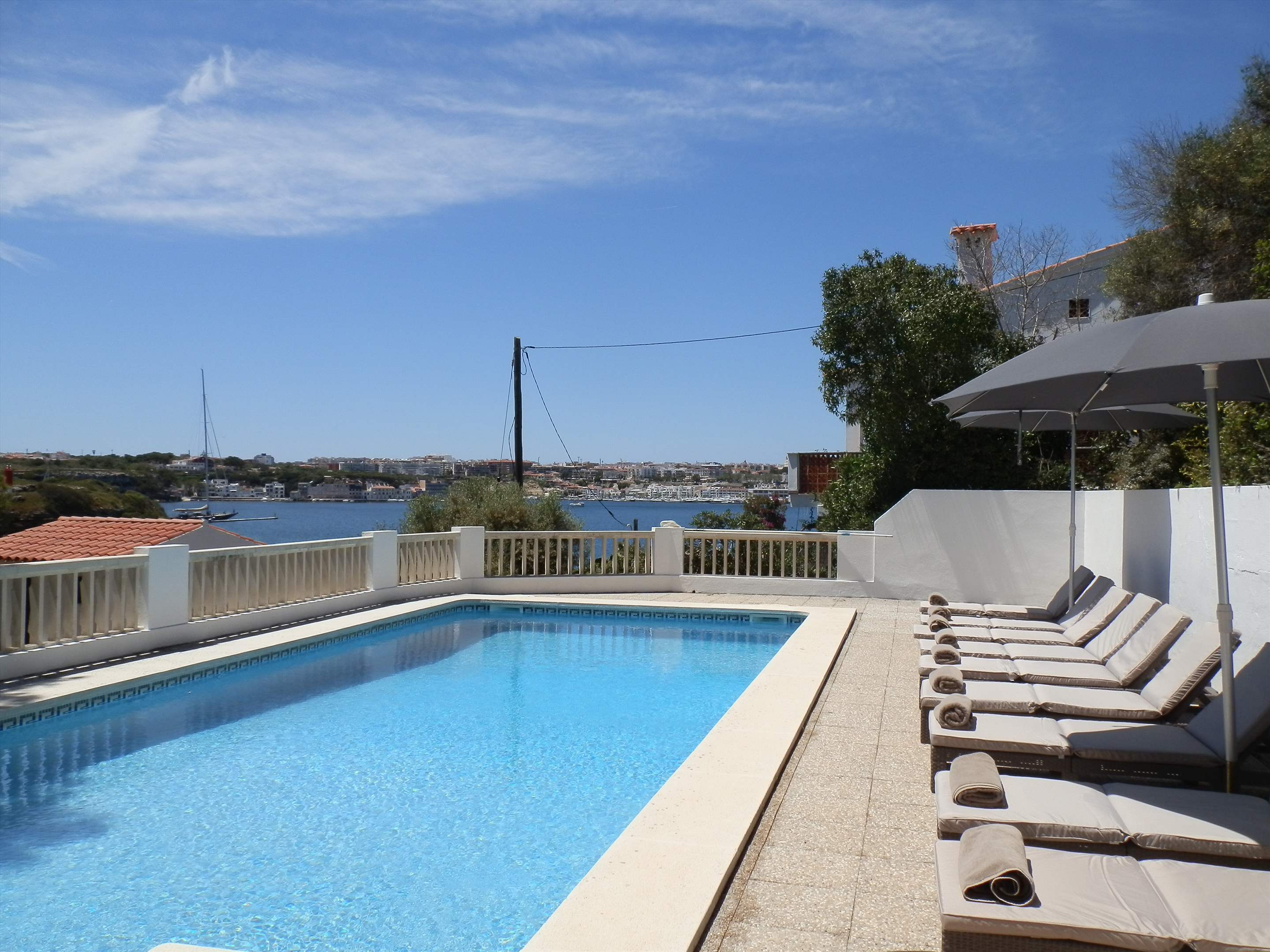 Los Arcos , 5 bedroom villa in Mahon, San Luis & South East, Menorca Photo #3