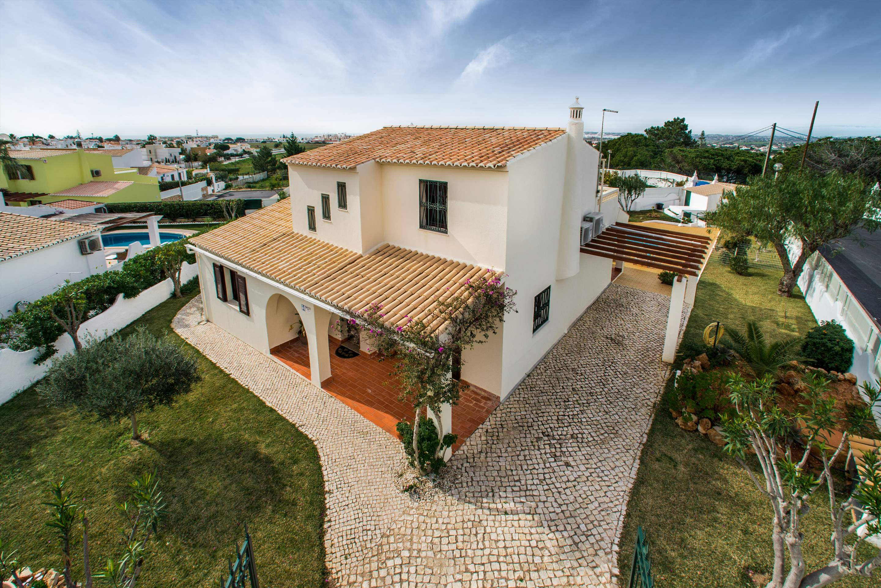 Casa Isabel, 5-6 persons rate, 3 bedroom villa in Gale, Vale da Parra and Guia, Algarve Photo #12