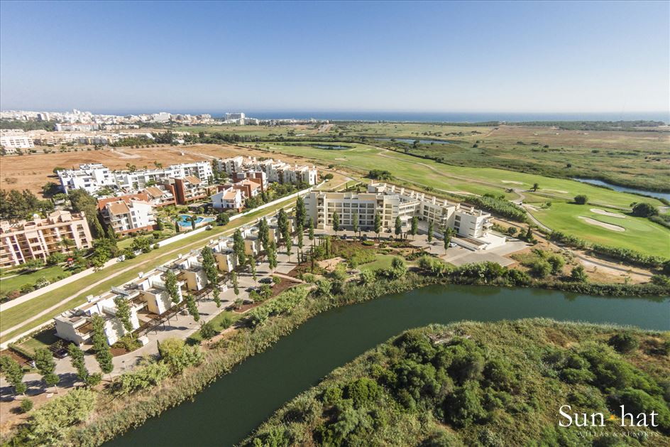 Laguna Resort, Two Bedroom Apartment, 2 resort in Vilamoura Area, Algarve