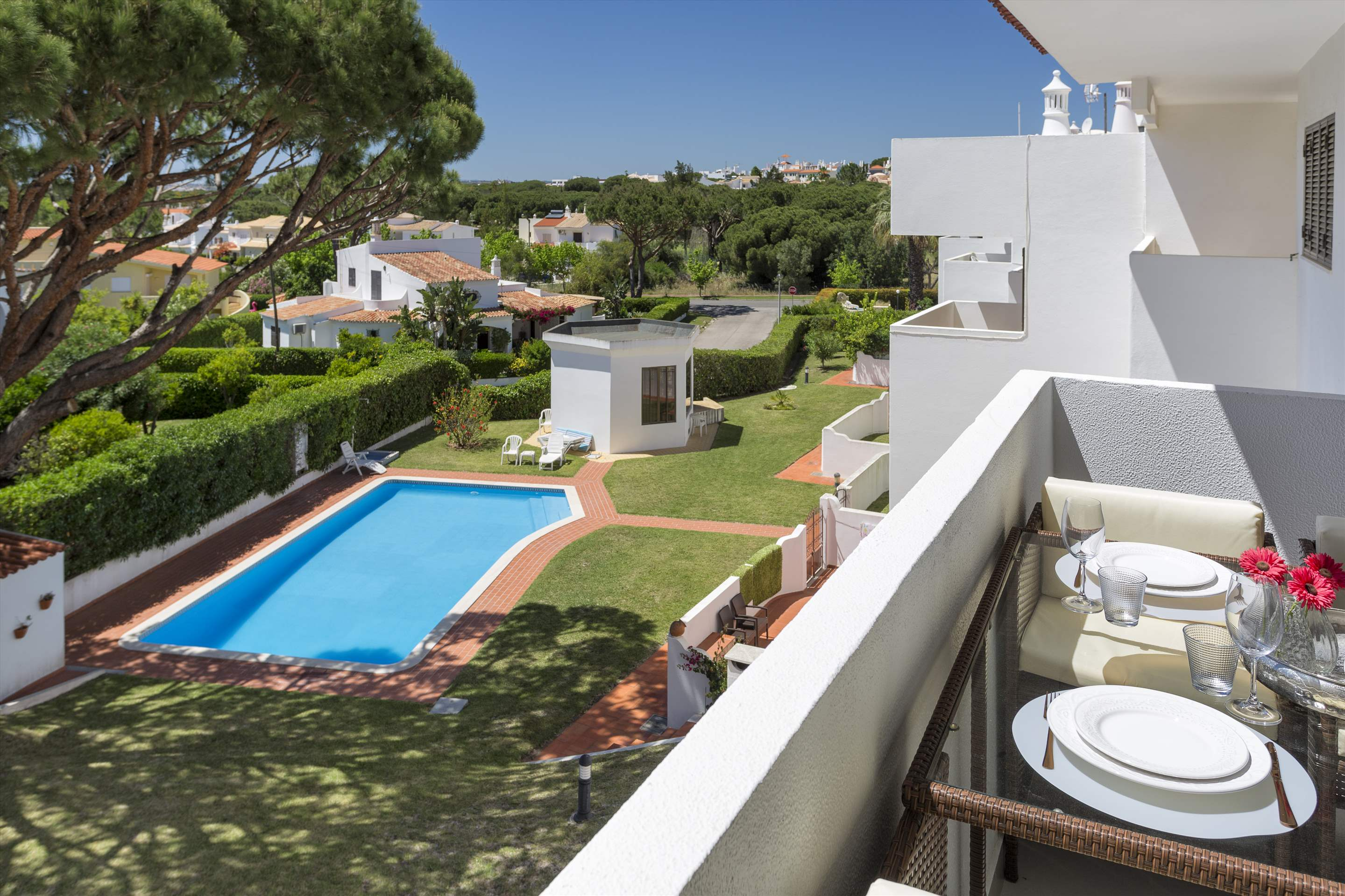 Apartment Jardim do Mar, 2 bedroom apartment in Vilamoura Area, Algarve Photo #2
