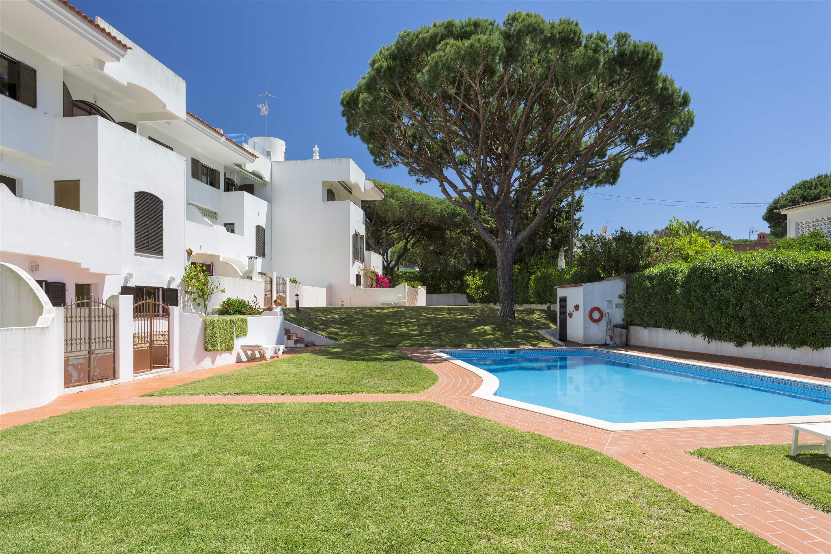 Apartment Jardim do Mar, 2 bedroom apartment in Vilamoura Area, Algarve Photo #7