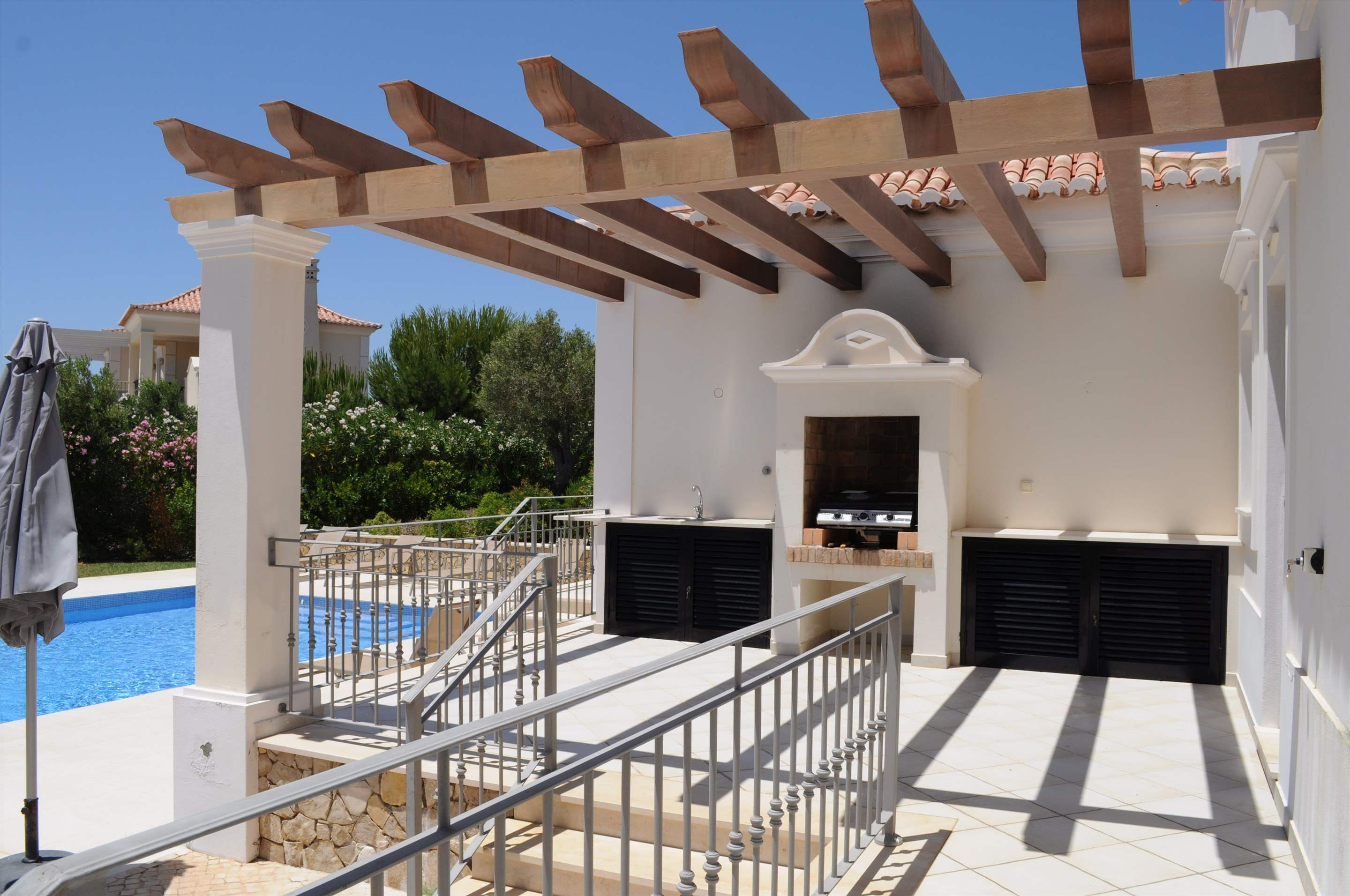 Martinhal Luxury Villa No.18, 5 bedroom villa in Martinhal Sagres, Algarve Photo #14