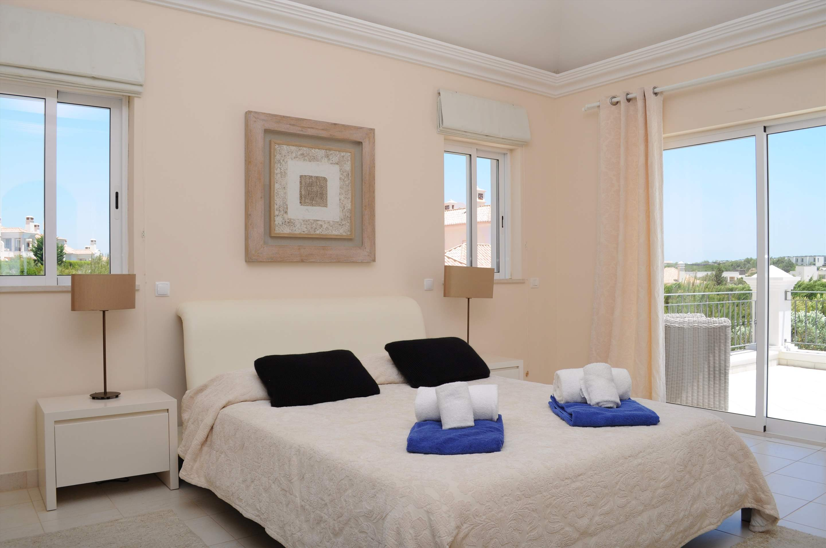 Martinhal Luxury Villa No.18, 5 bedroom villa in Martinhal Sagres, Algarve Photo #16