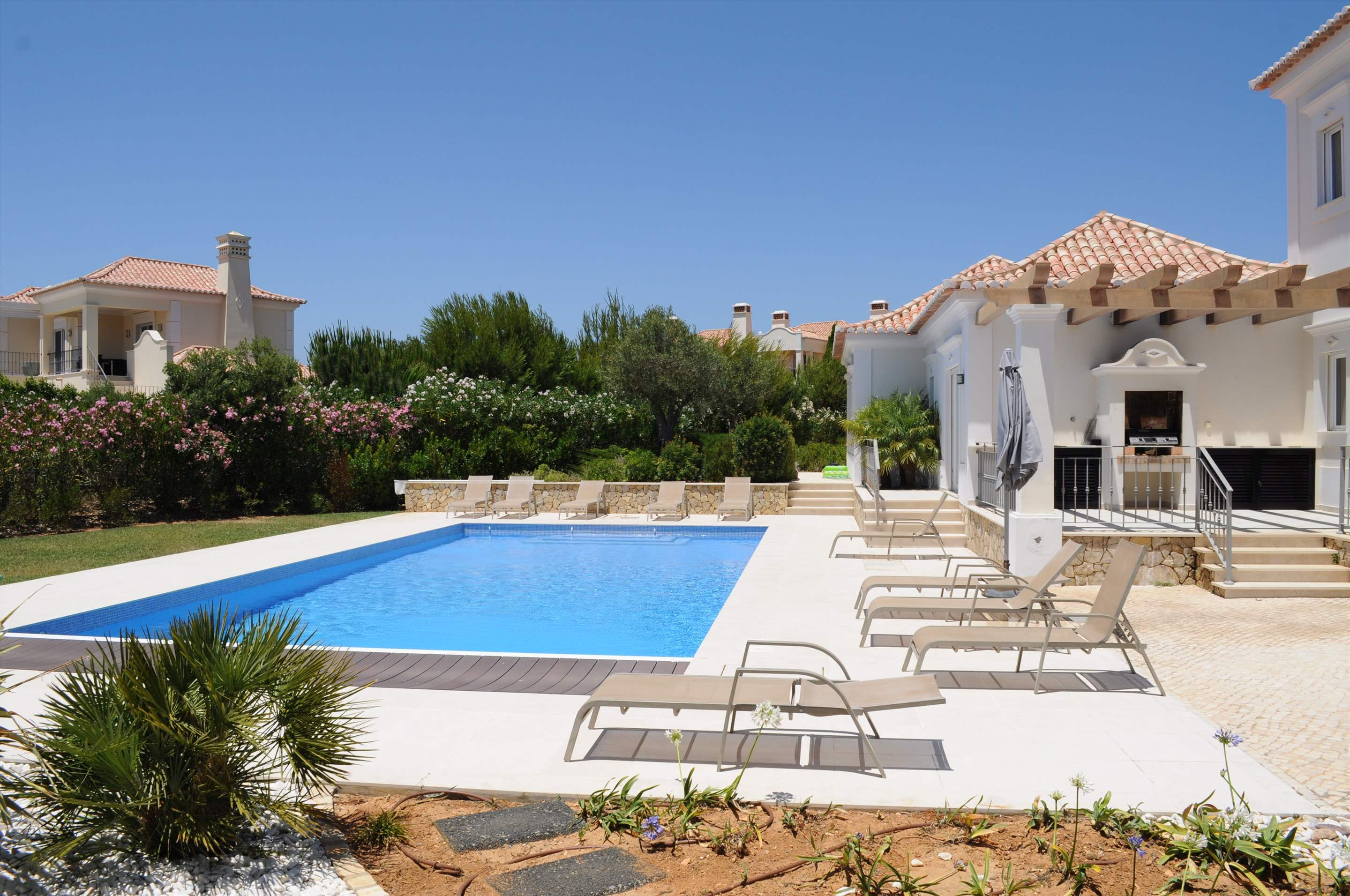 Martinhal Luxury Villa No.18, 5 bedroom villa in Martinhal Sagres, Algarve Photo #2