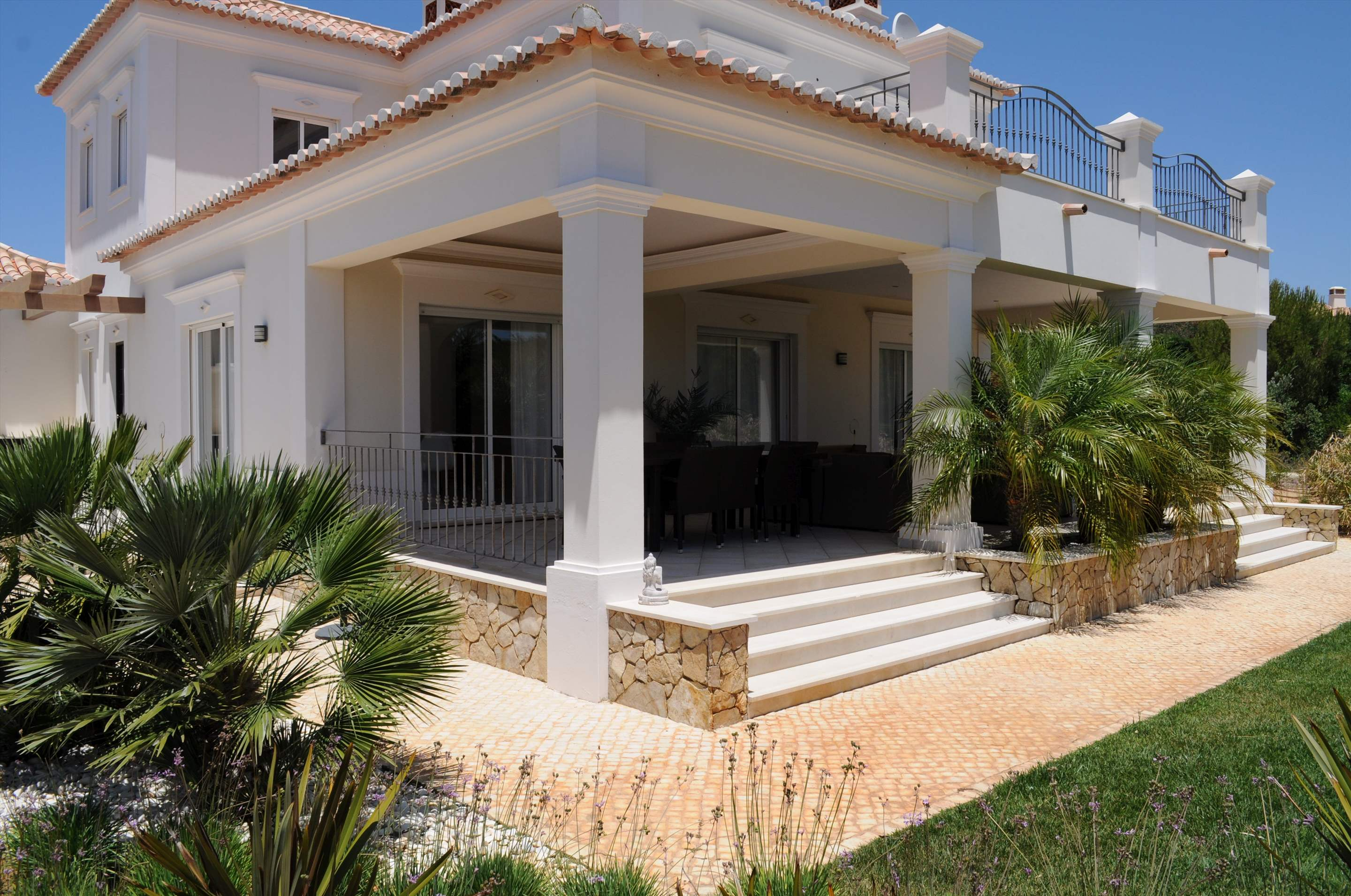 Martinhal Luxury Villa No.18, 5 bedroom villa in Martinhal Sagres, Algarve Photo #9