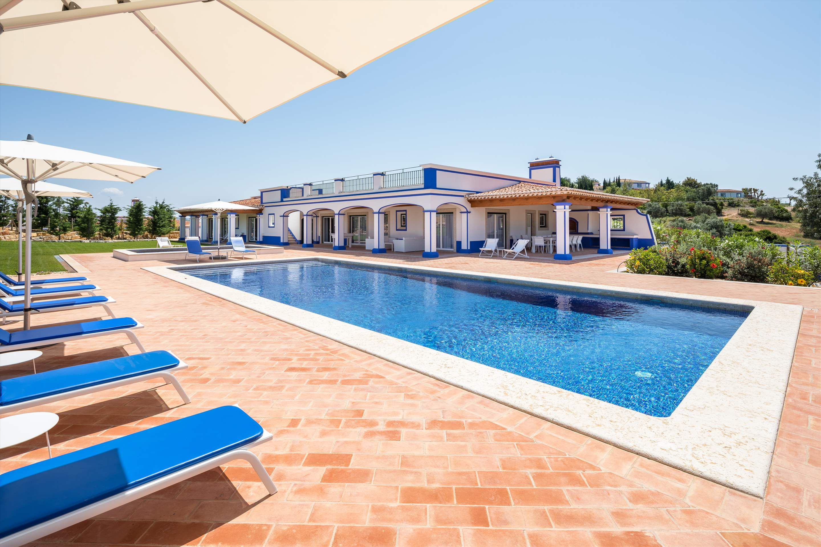 Villa Sky, 4 bedroom villa in Vilamoura Area, Algarve