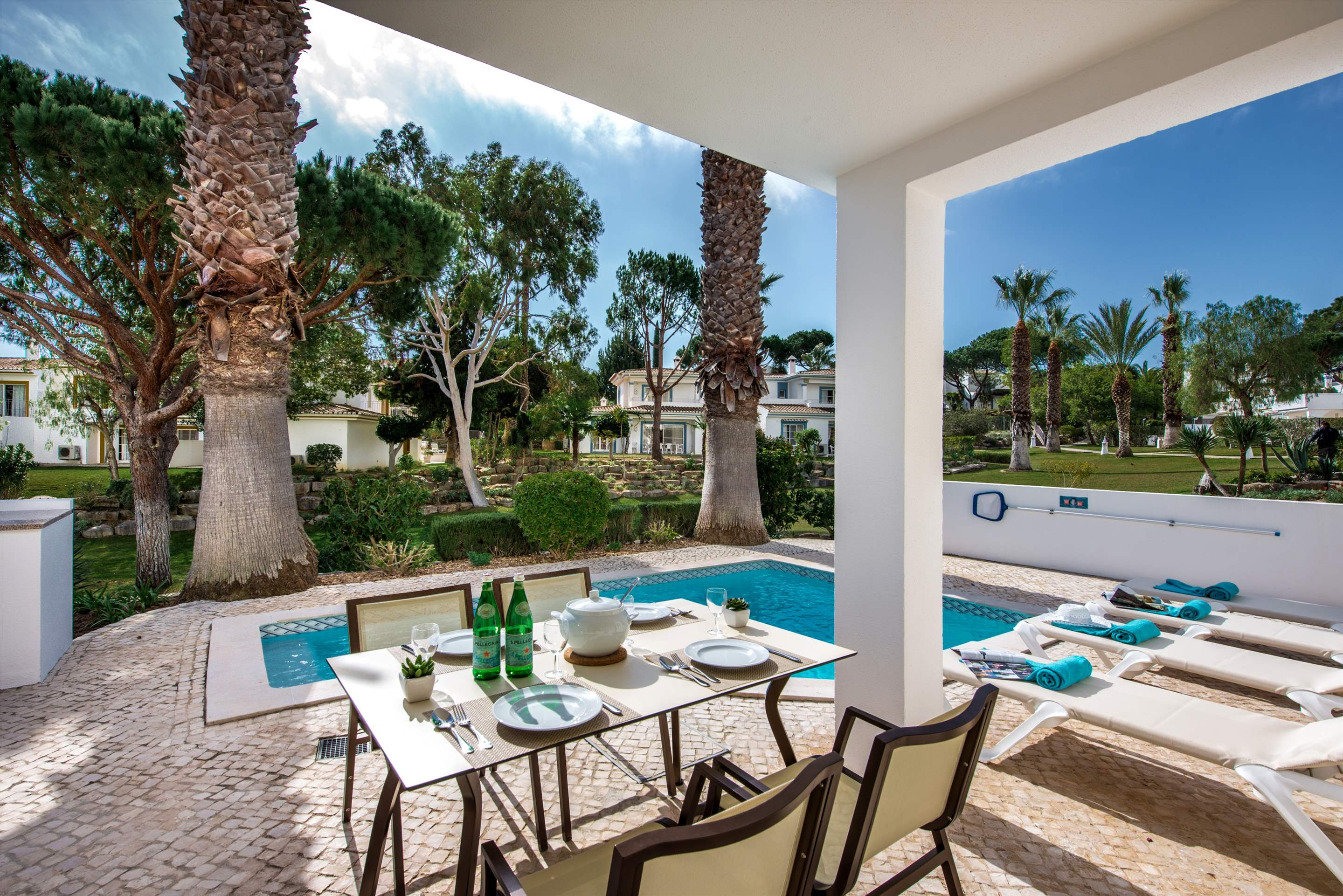 Four Seasons Fairways 3 Bed Hillside Apartment, Thursday Arrival, 3 bedroom villa in Four Seasons Fairways, Algarve Photo #18