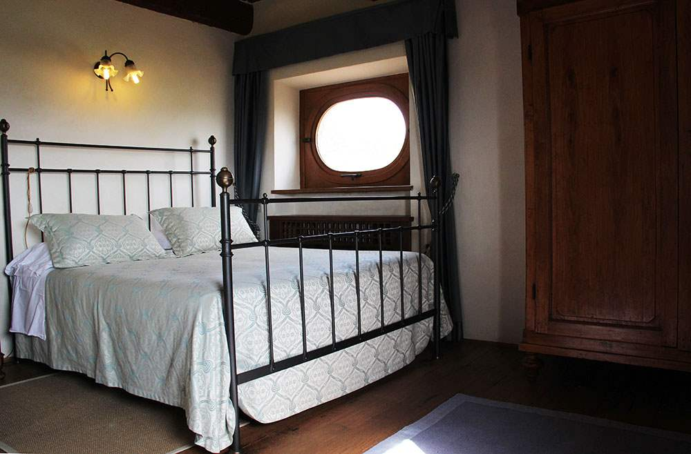 Apartment Torre , 2 bedroom apartment in Chianti & Countryside, Tuscany Photo #9