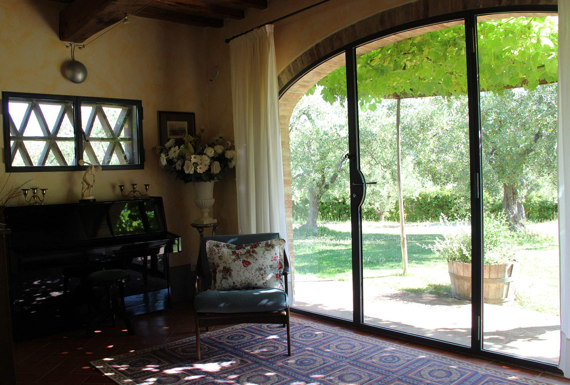 Villa Capanna, 3 bedroom villa in Chianti & Countryside, Tuscany Photo #8