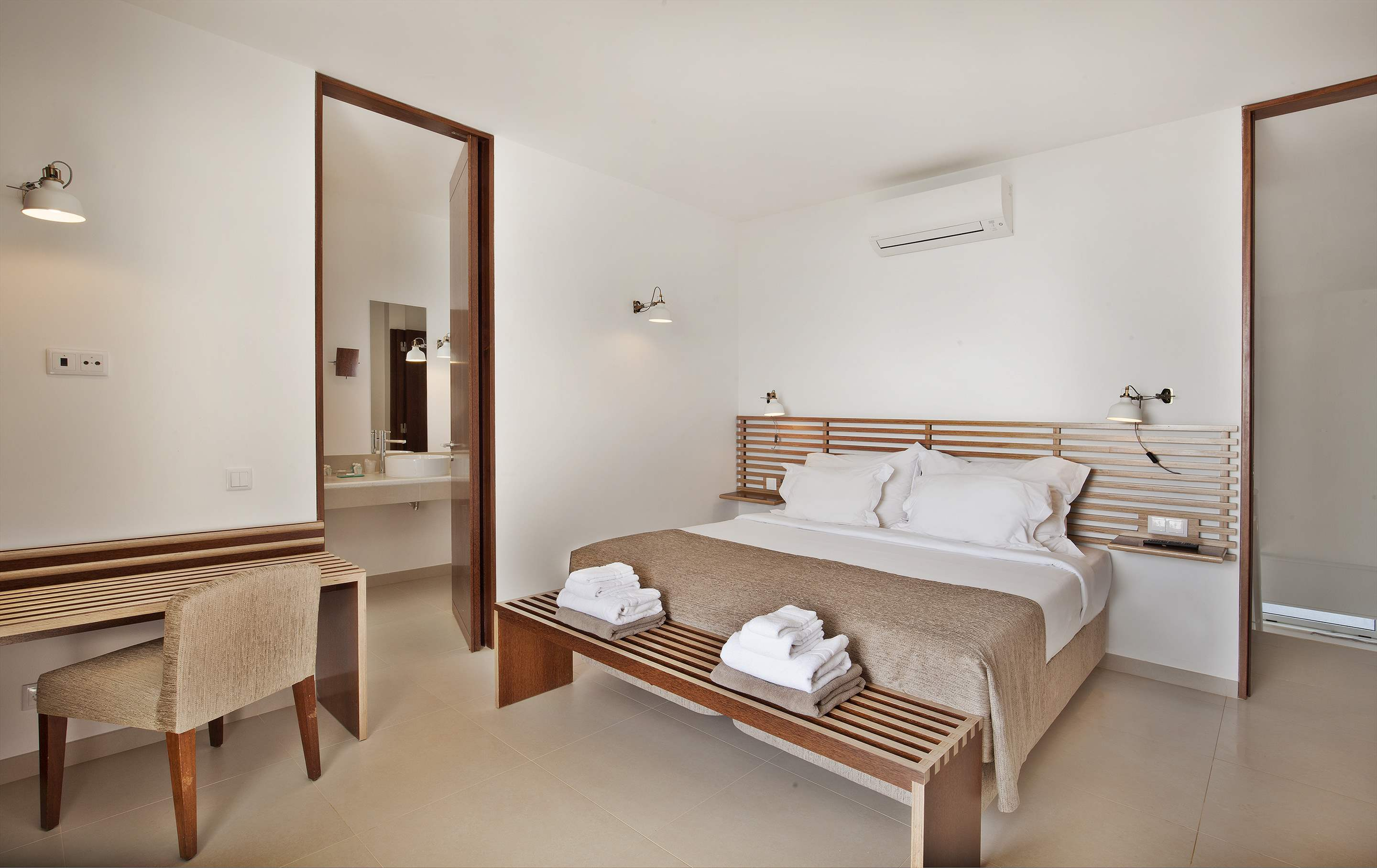 Sao Rafael Premium Two Bed Villa Sea View , 2 bedroom villa in Vidamar Resort, Algarve Photo #5