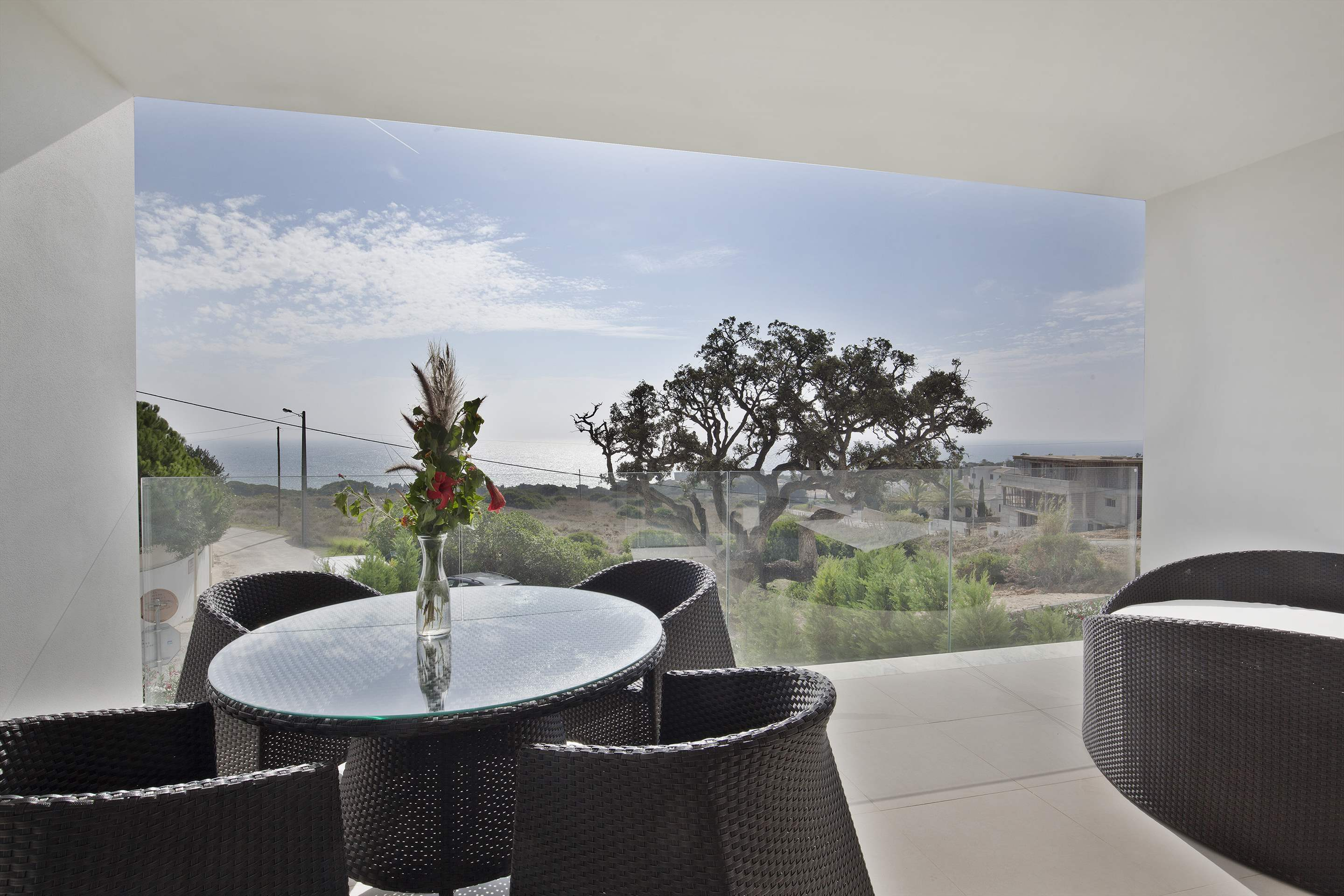 Sao Rafael Premium Two Bed Villa Sea View , 2 bedroom villa in Vidamar Resort, Algarve Photo #7
